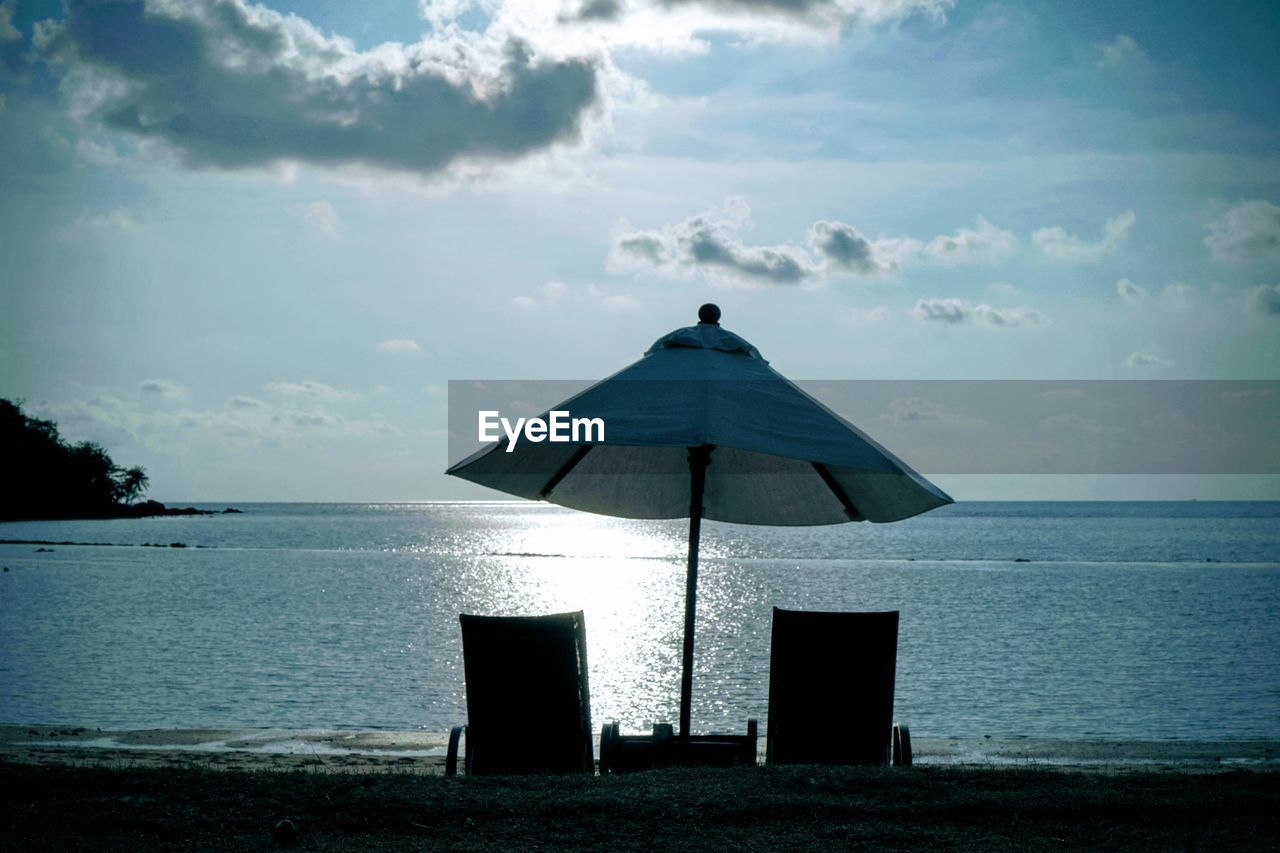 sky, water, sea, cloud - sky, horizon, horizon over water, tranquil scene, land, scenics - nature, beauty in nature, tranquility, nature, beach, no people, day, outdoors, gazebo, architecture, absence
