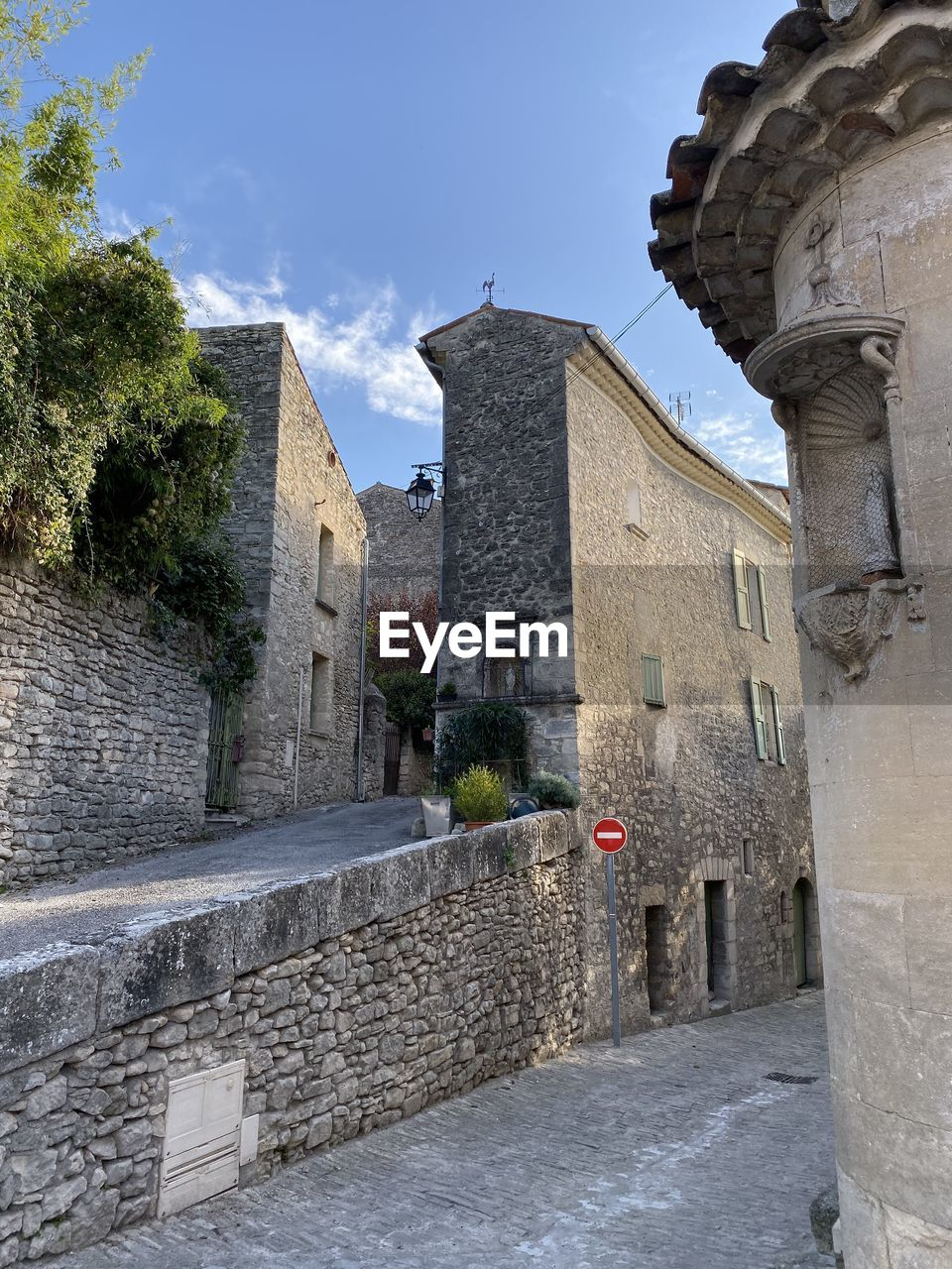 architecture, built structure, building exterior, sky, building, the past, religion, history, belief, place of worship, spirituality, nature, no people, old, day, wall, plant, low angle view, outdoors, stone wall
