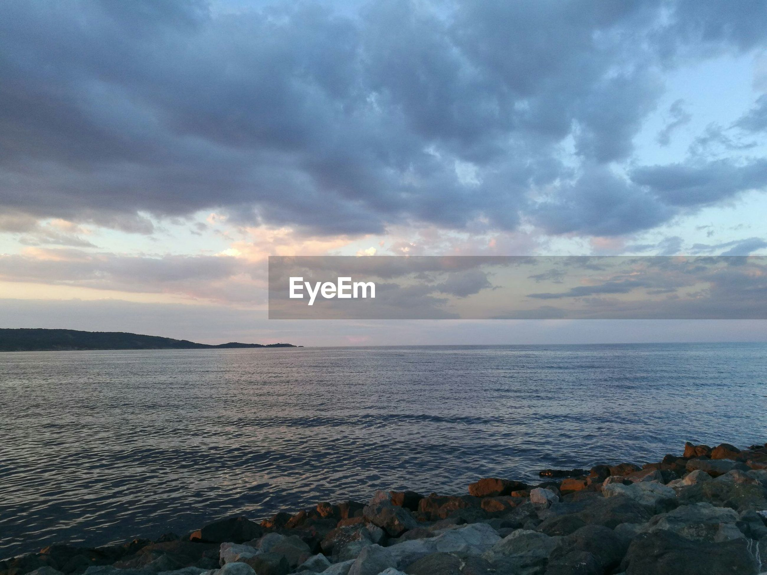sea, beach, sunset, scenics, horizon over water, cloud - sky, beauty in nature, sky, nature, tranquil scene, outdoors, tranquility, water, no people, day