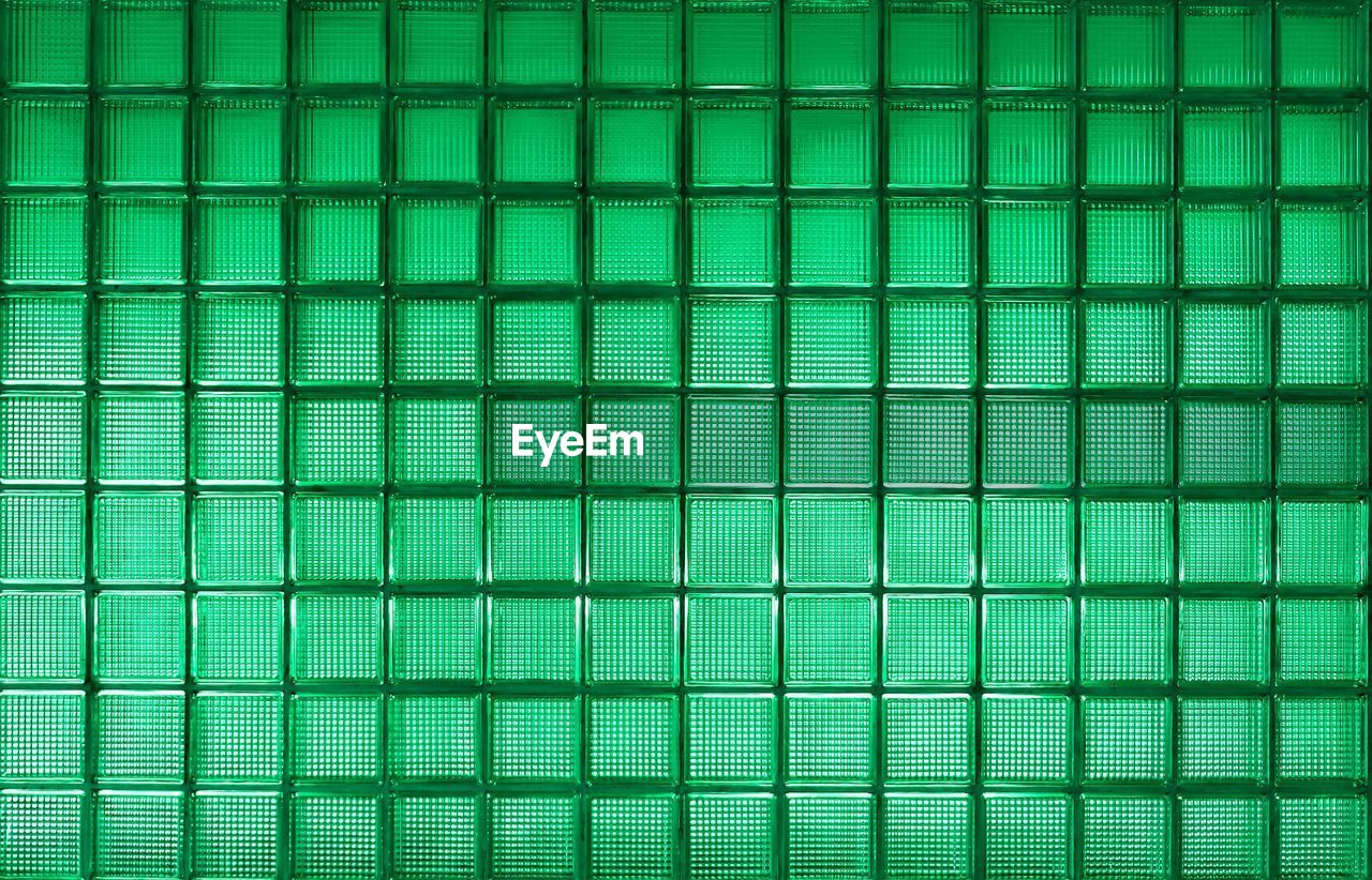 green color, backgrounds, technology, no people, abstract, pattern, full frame, close-up, computer, science, studio shot, computer equipment, cyberspace, indoors, connection, grid, textured, data, healthcare and medicine, wireless technology, pulse trace, genetic research