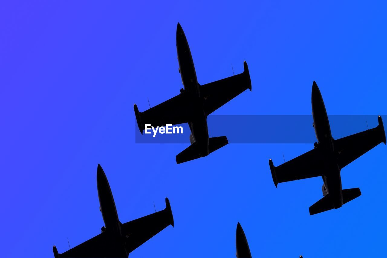 Airplanes In Sky
