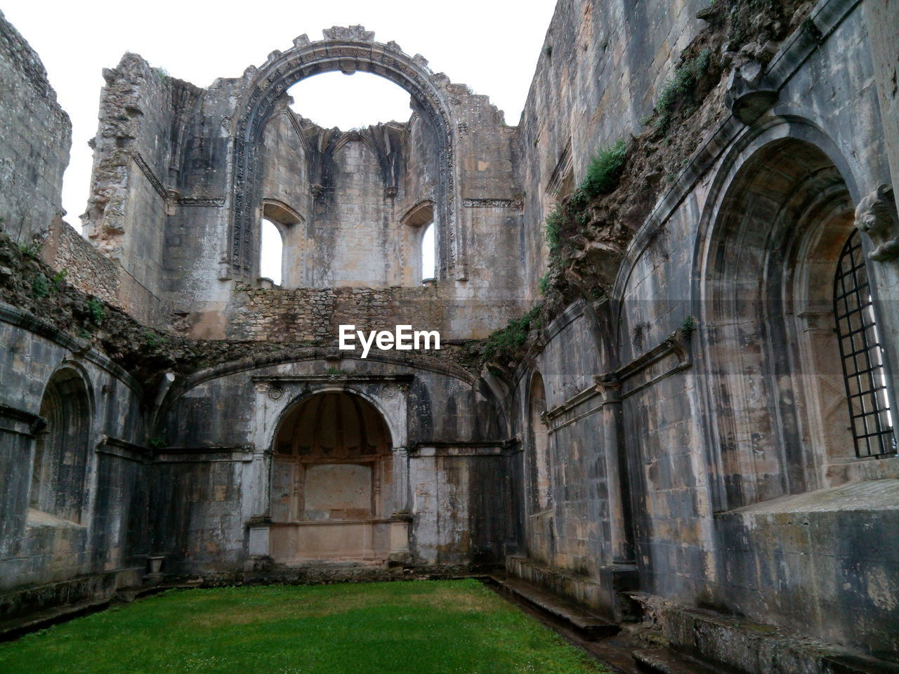 arch, old ruin, history, architecture, built structure, religion, ancient, the past, day, travel destinations, spirituality, no people, place of worship, ancient civilization, building exterior, outdoors, sky