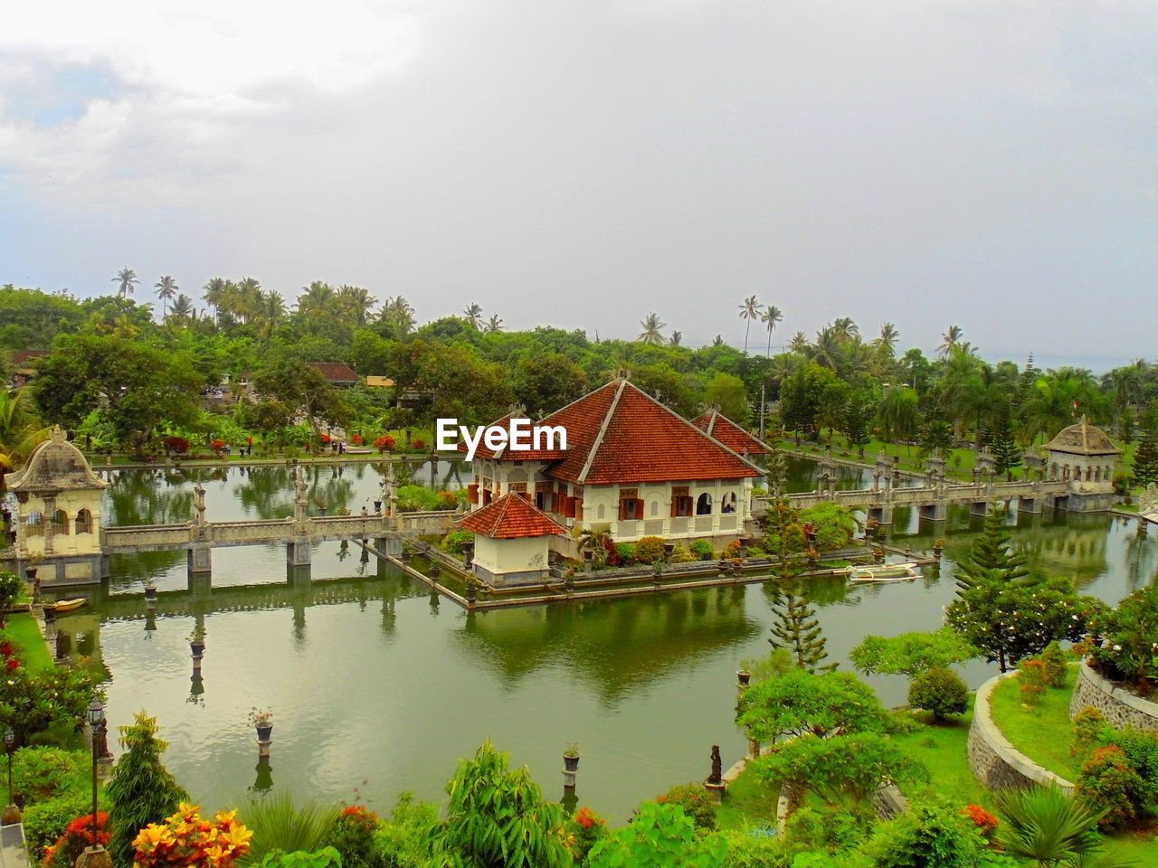 High Angle View Of Old Historic Building Over Lake Against Sky
