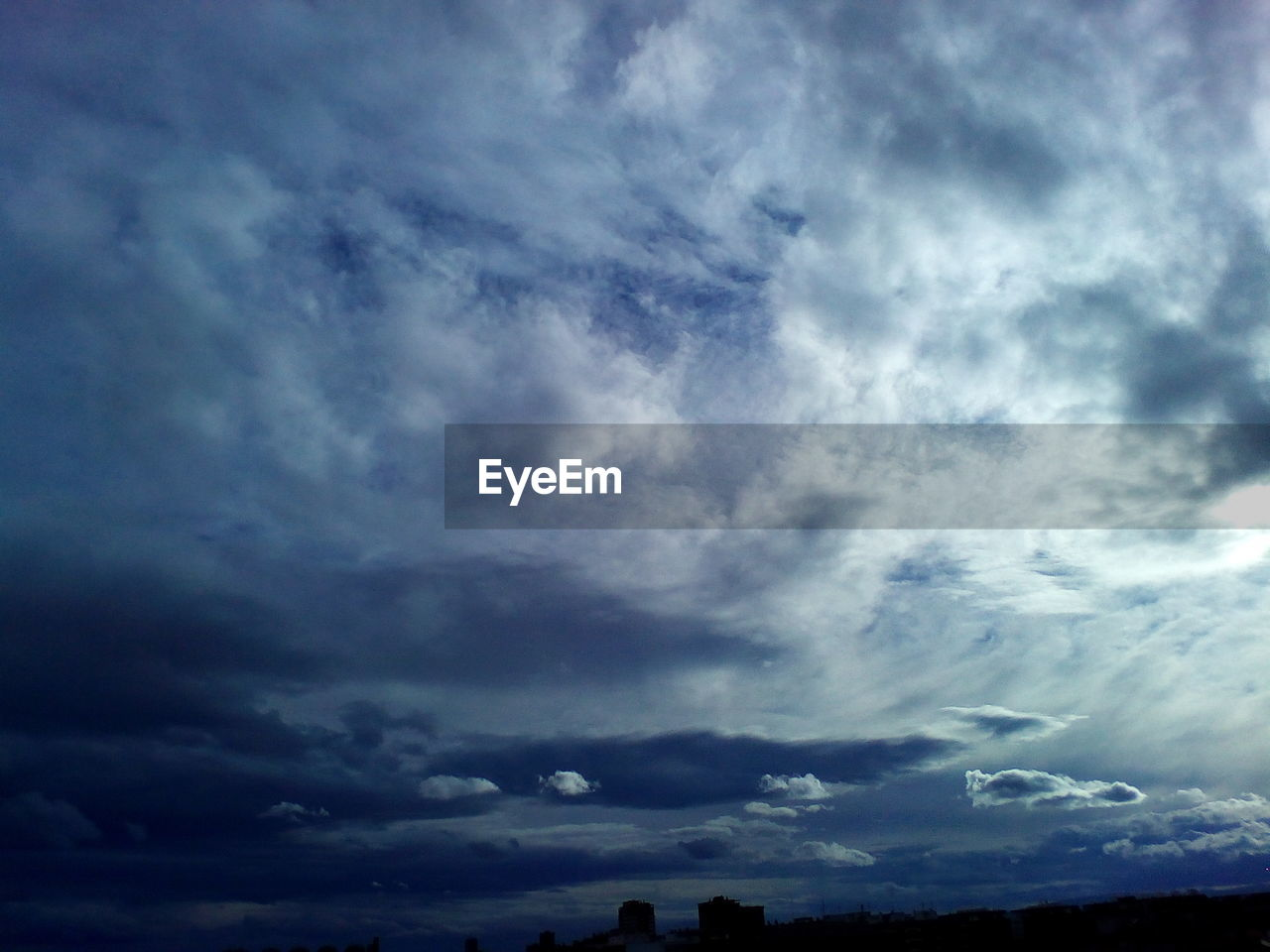 cloud - sky, sky, beauty in nature, nature, scenics, cloudscape, weather, atmospheric mood, dramatic sky, tranquility, low angle view, tranquil scene, sky only, no people, storm cloud, outdoors, day, backgrounds