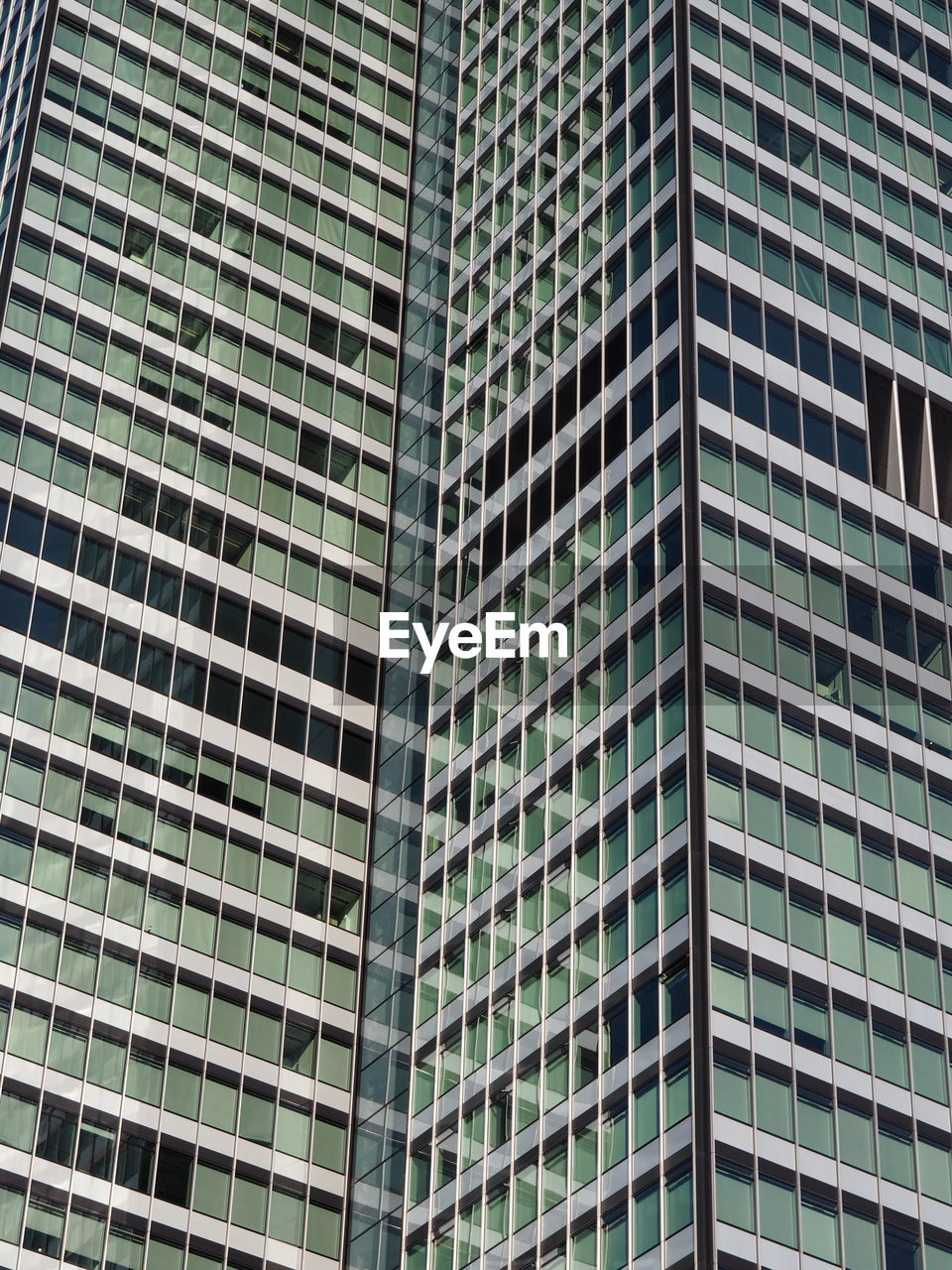 architecture, skyscraper, modern, full frame, low angle view, building exterior, window, built structure, corporate business, day, city, growth, no people, outdoors