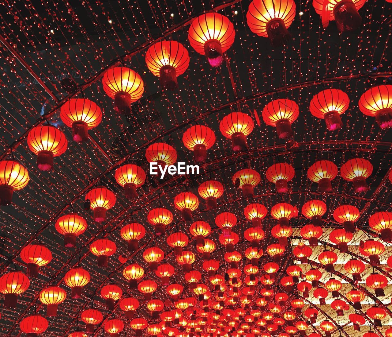 lighting equipment, illuminated, low angle view, chinese lantern, hanging, chinese lantern festival, lantern, no people, cultures, electricity, indoors, celebration, red, night, close-up