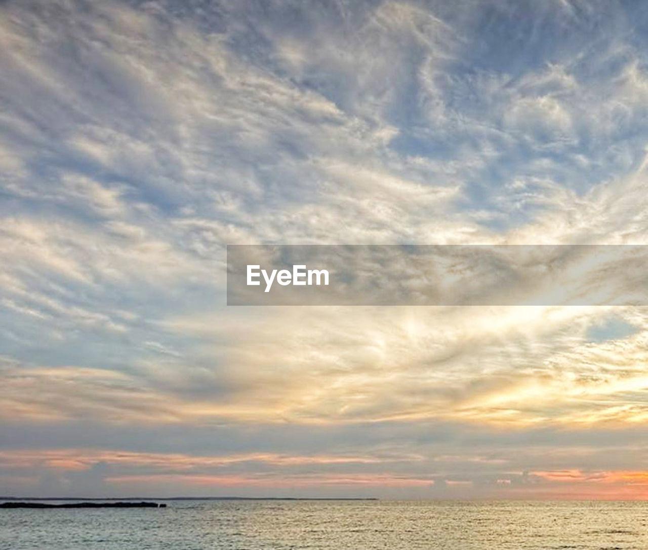 sky, cloud - sky, sea, water, beauty in nature, scenics - nature, horizon, horizon over water, tranquility, tranquil scene, sunset, nature, no people, idyllic, outdoors, waterfront, dramatic sky, non-urban scene, beach