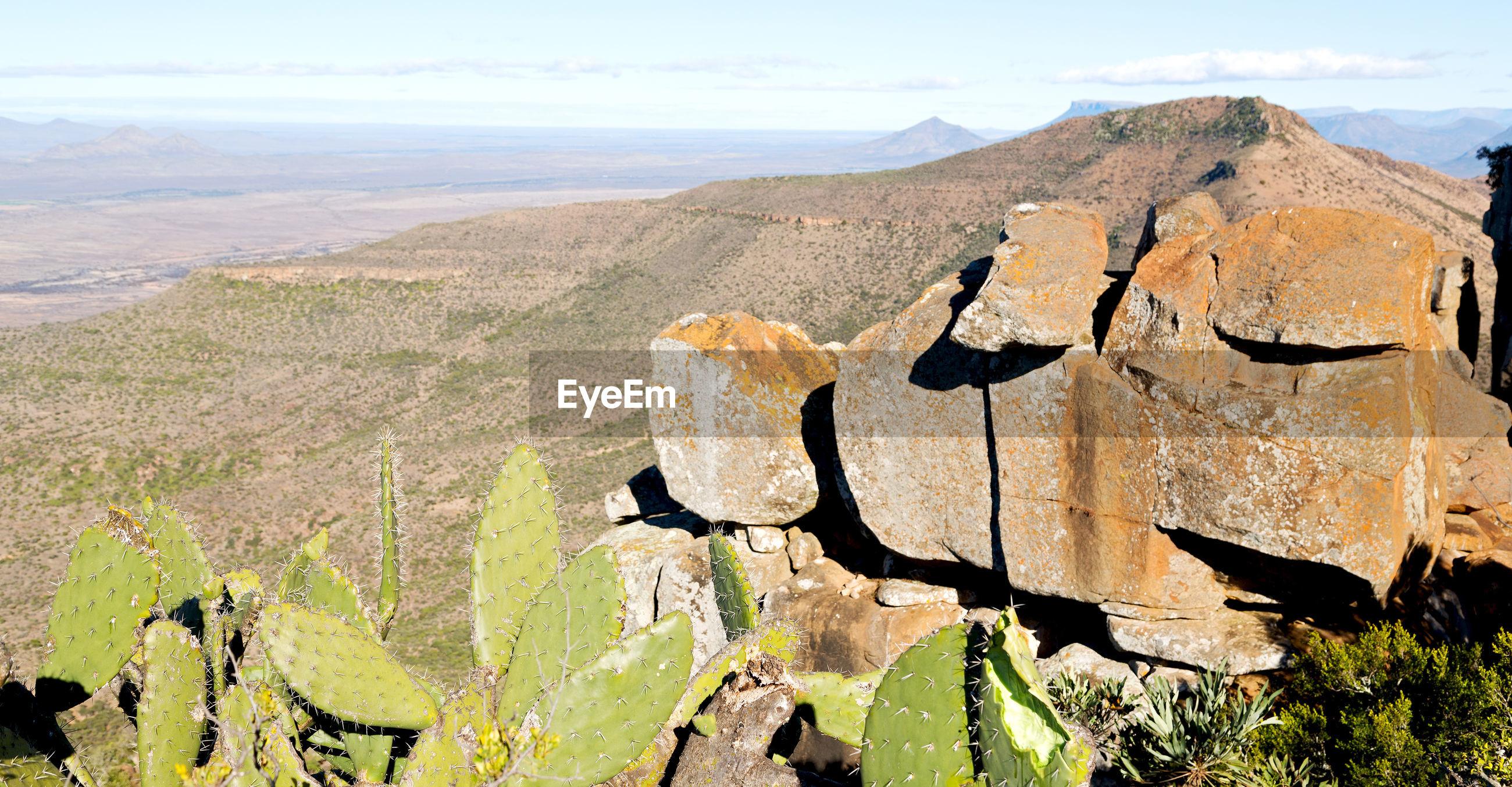 VIEW OF ROCKS ON MOUNTAIN