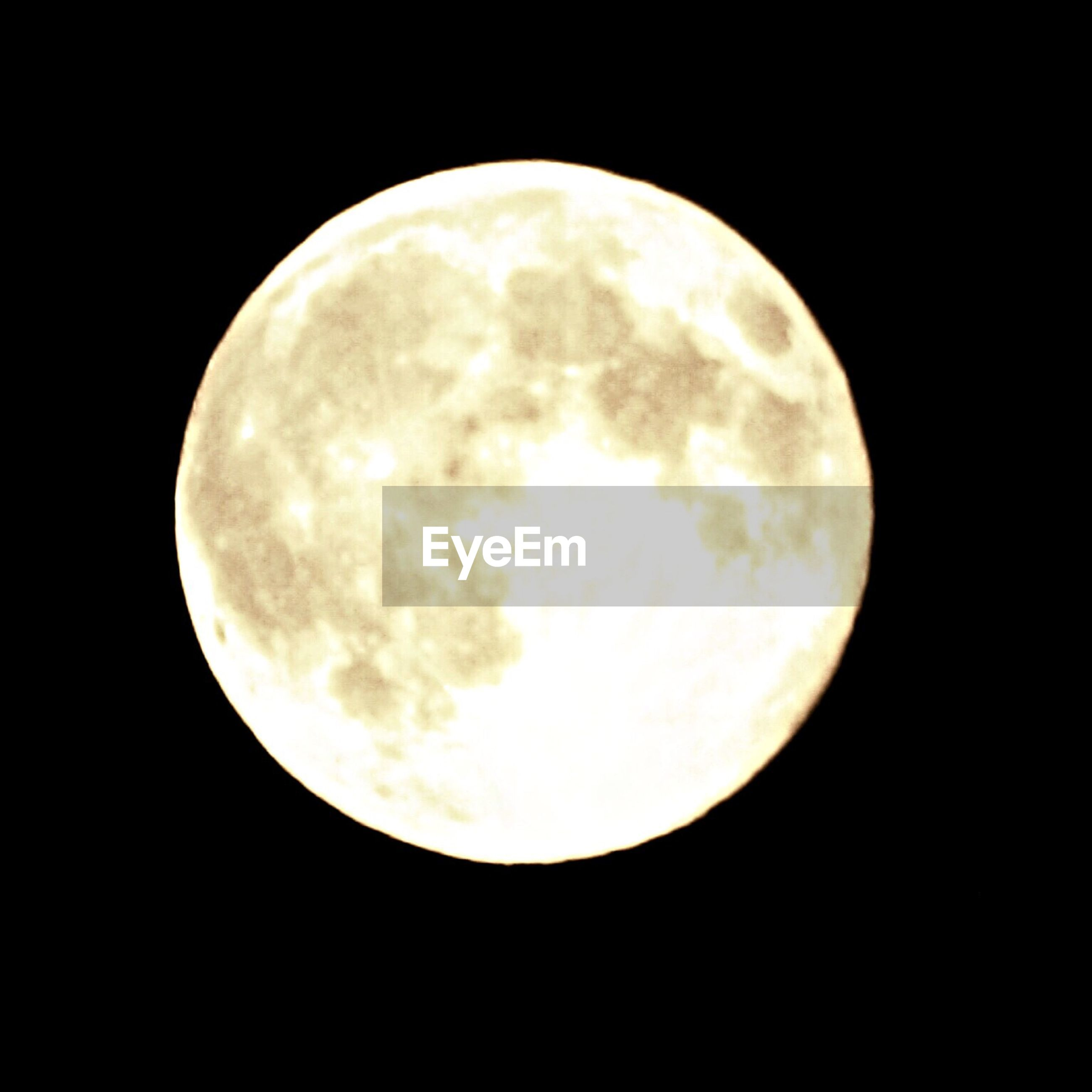 moon, astronomy, planetary moon, full moon, night, moon surface, space exploration, circle, discovery, low angle view, beauty in nature, sphere, sky, dark, scenics, tranquil scene, tranquility, majestic, nature, exploration