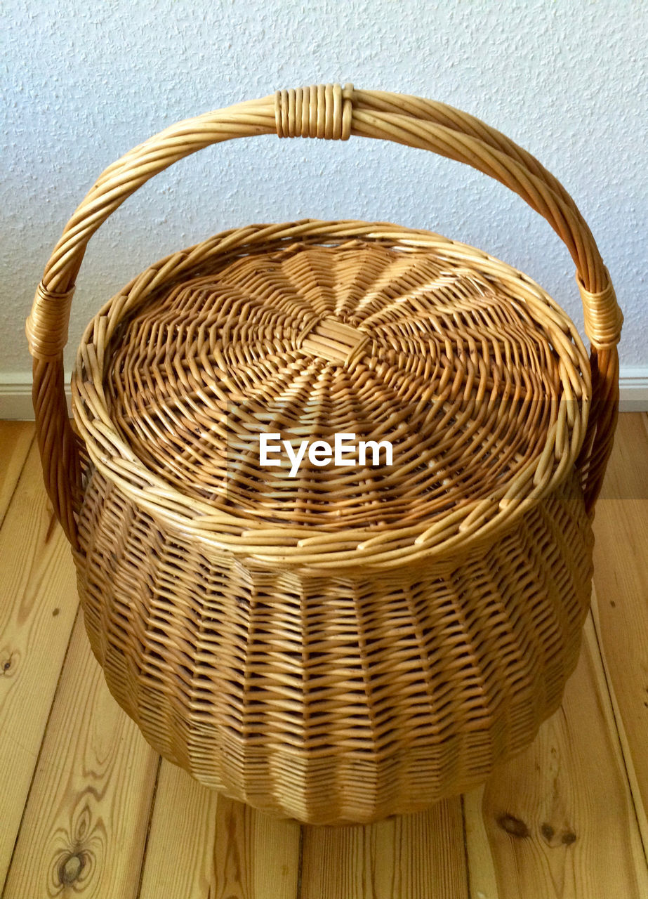 basket, container, wicker, no people, close-up, wood - material, indoors, still life, pattern, handle, craft, high angle view, day, art and craft, nature, metal, brown, man made, man made object