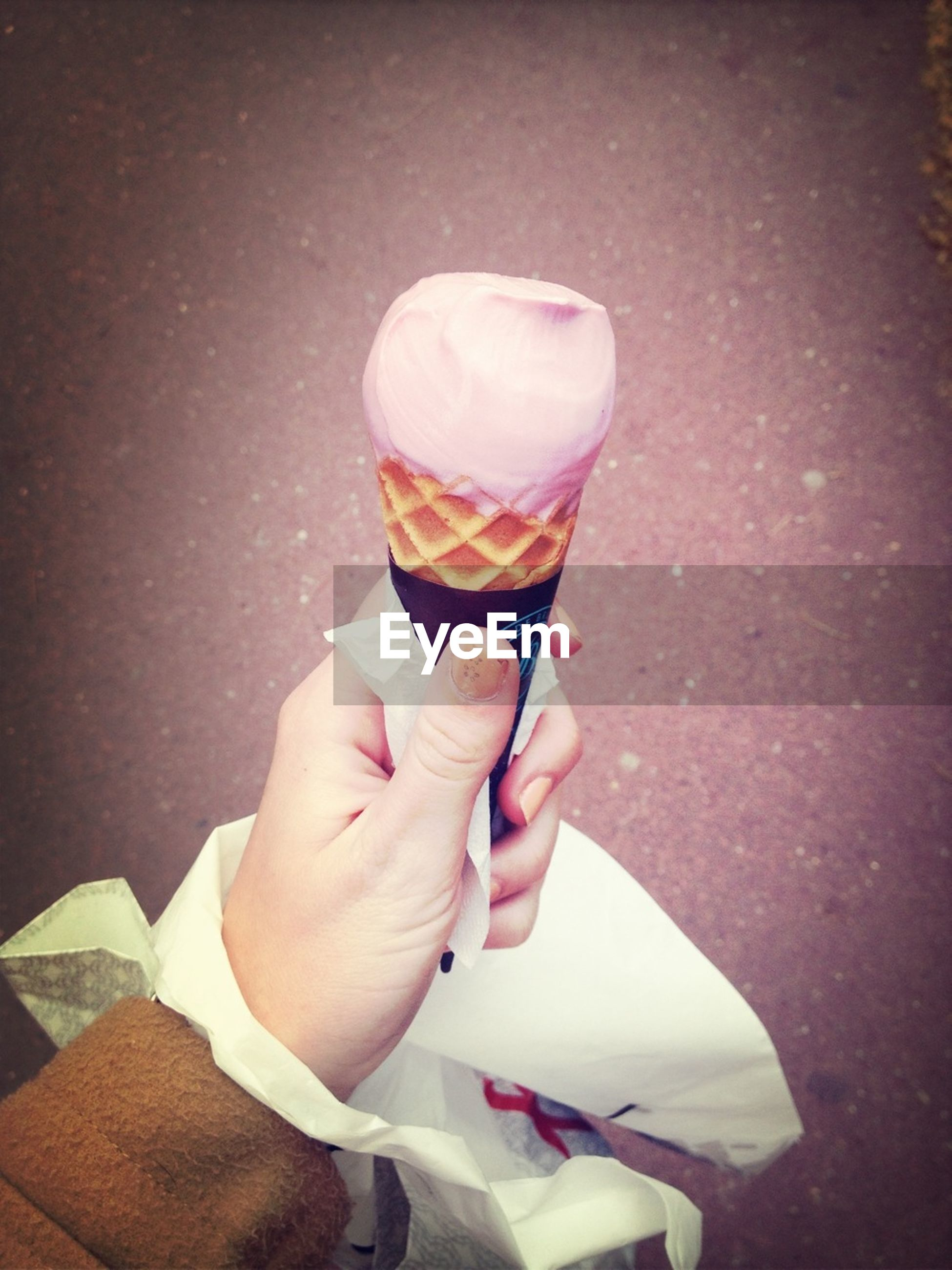 food and drink, person, holding, freshness, drink, refreshment, part of, lifestyles, cropped, food, sweet food, ice cream, indulgence, personal perspective, drinking glass, frozen food, close-up