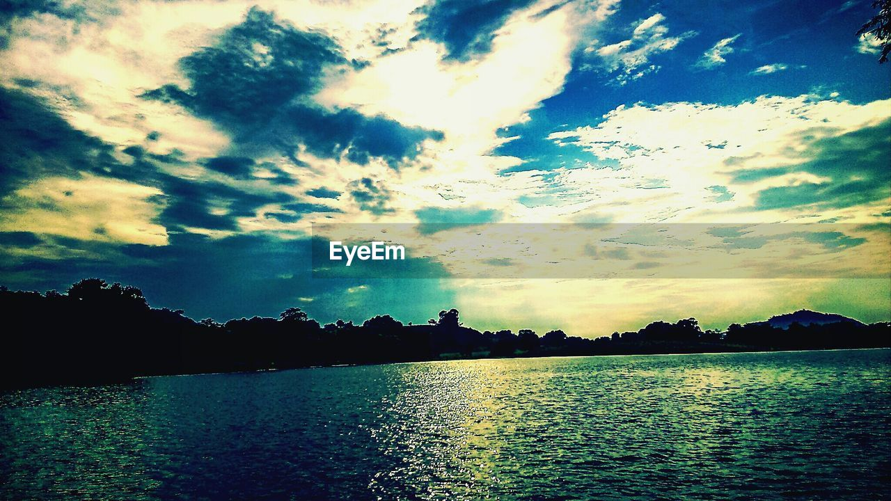sky, water, nature, silhouette, tranquility, beauty in nature, no people, lake, scenics, cloud - sky, tree, outdoors, sunset, day