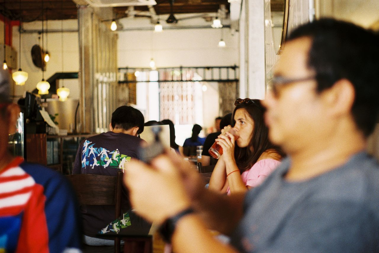 group of people, drink, real people, women, food and drink, indoors, adult, selective focus, lifestyles, headshot, refreshment, men, incidental people, togetherness, alcohol, friendship, leisure activity, group, people, restaurant, drinking, glass