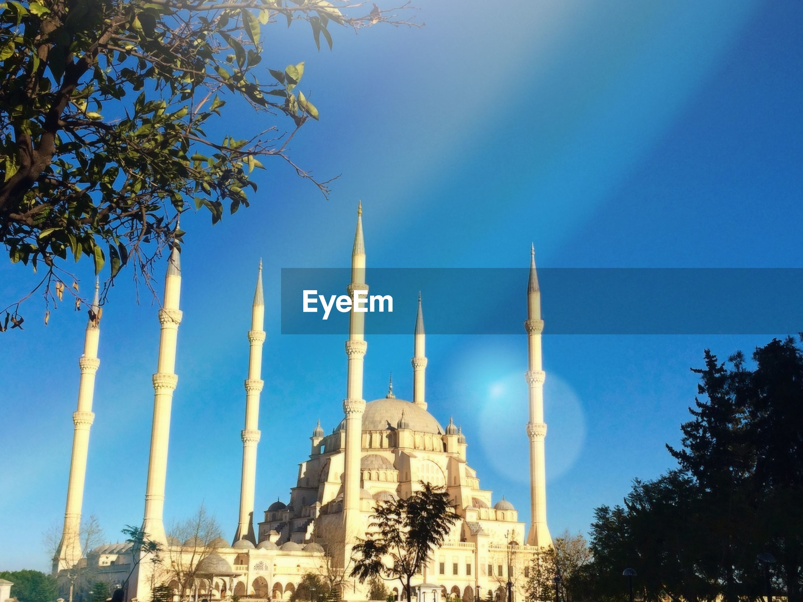 Sultan ahmed mosque against blue sky