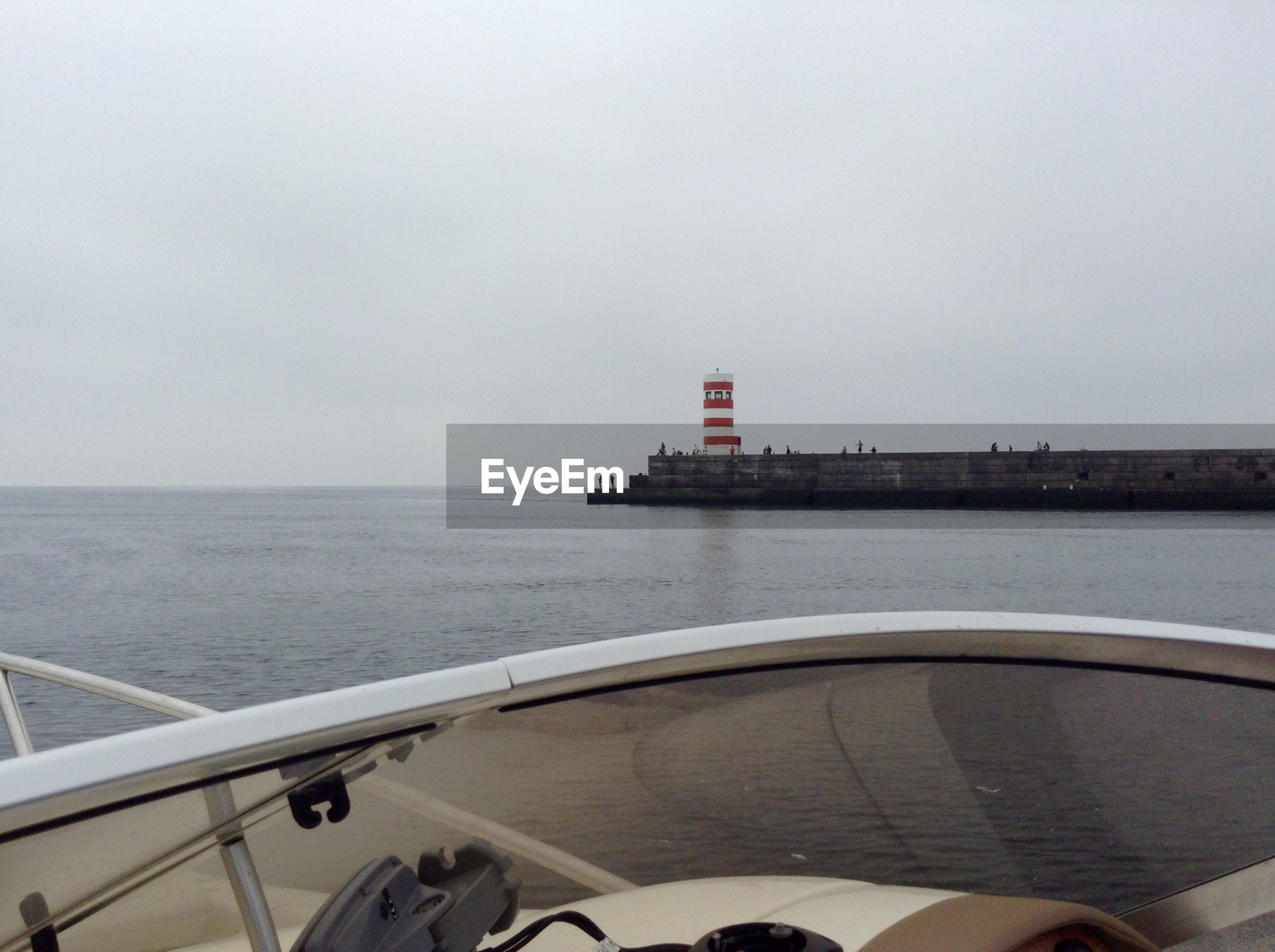 CROPPED IMAGE OF SHIP ON SEA