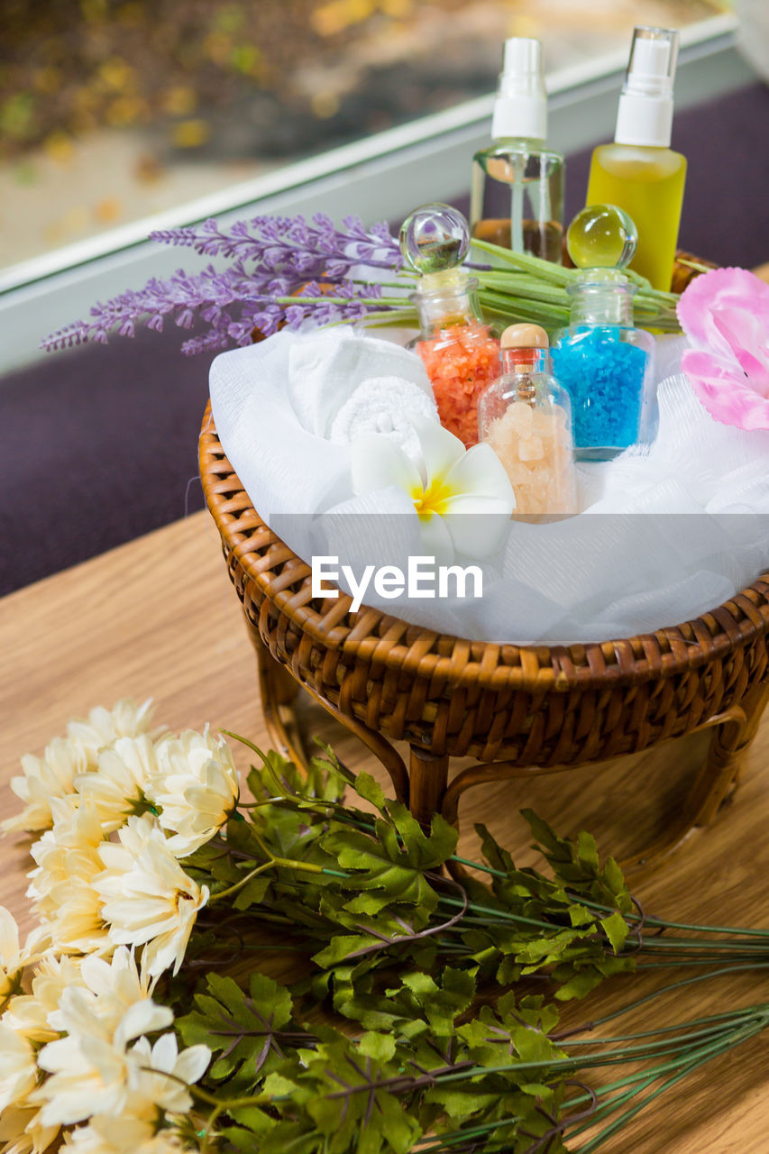 food and drink, food, freshness, still life, no people, sweet food, table, indulgence, sweet, close-up, high angle view, dessert, indoors, focus on foreground, ready-to-eat, plant, temptation, flowering plant, container, flower, tray