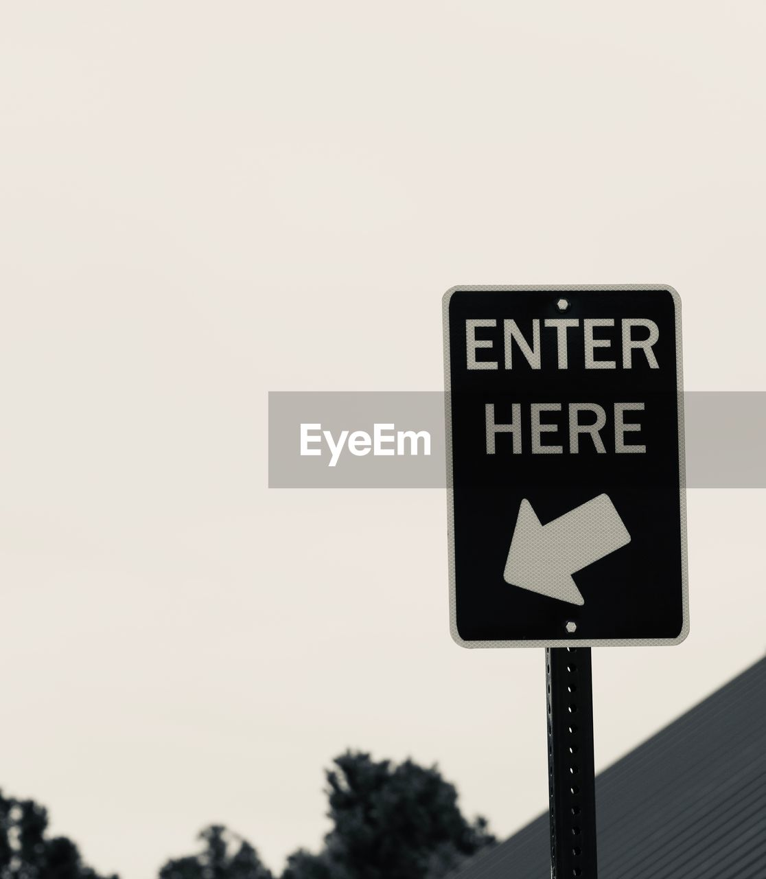 communication, sign, guidance, arrow symbol, sky, copy space, symbol, clear sky, text, direction, directional sign, western script, road sign, nature, no people, road, day, outdoors, information, close-up, one way