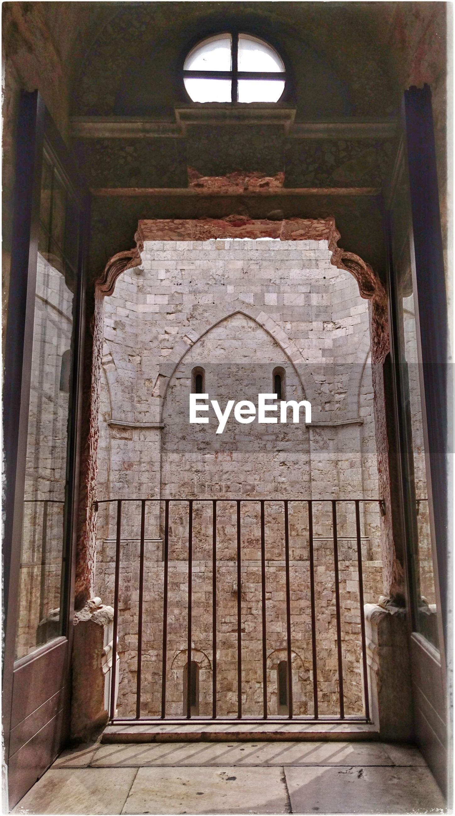 architecture, built structure, arch, indoors, door, old, building exterior, window, entrance, church, building, house, no people, day, abandoned, wall - building feature, history, closed, low angle view, open