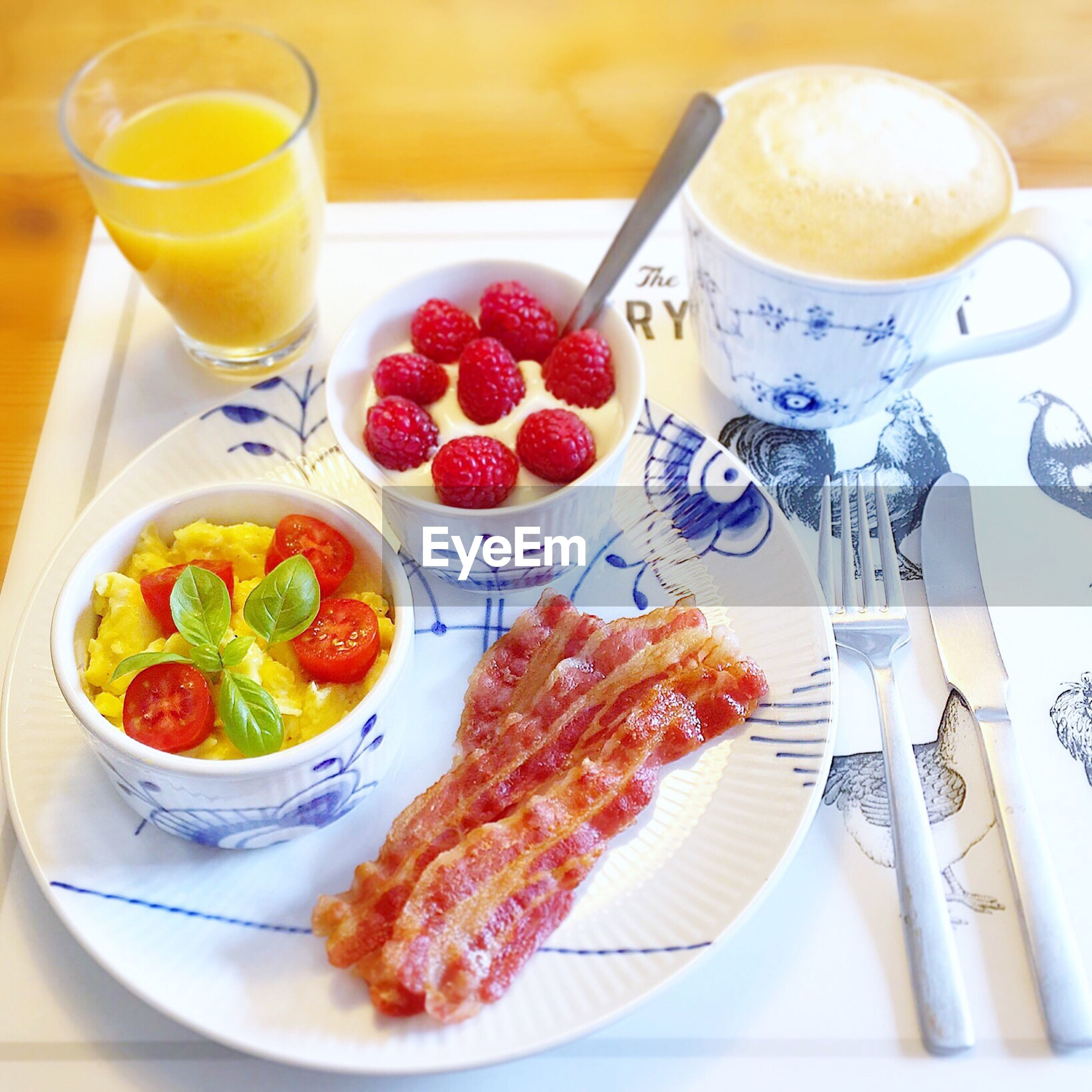 food and drink, plate, food, breakfast, orange juice, freshness, healthy eating, drink, drinking glass, table, indoors, no people, serving size, meal, bowl, ready-to-eat, close-up, day