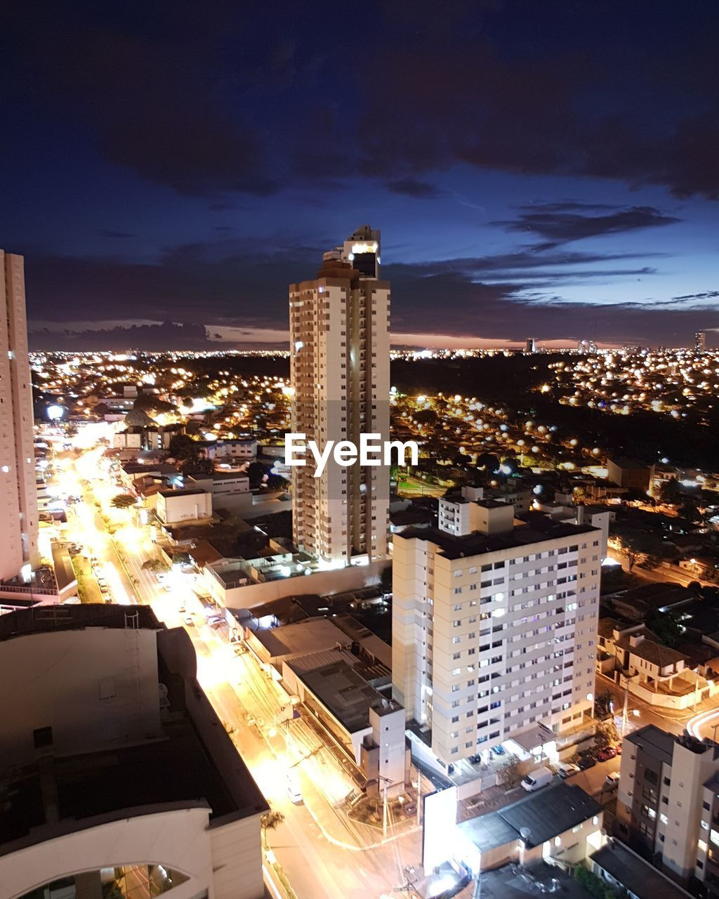 building exterior, architecture, built structure, illuminated, city, night, cityscape, sky, outdoors, no people, skyscraper, residential building, modern