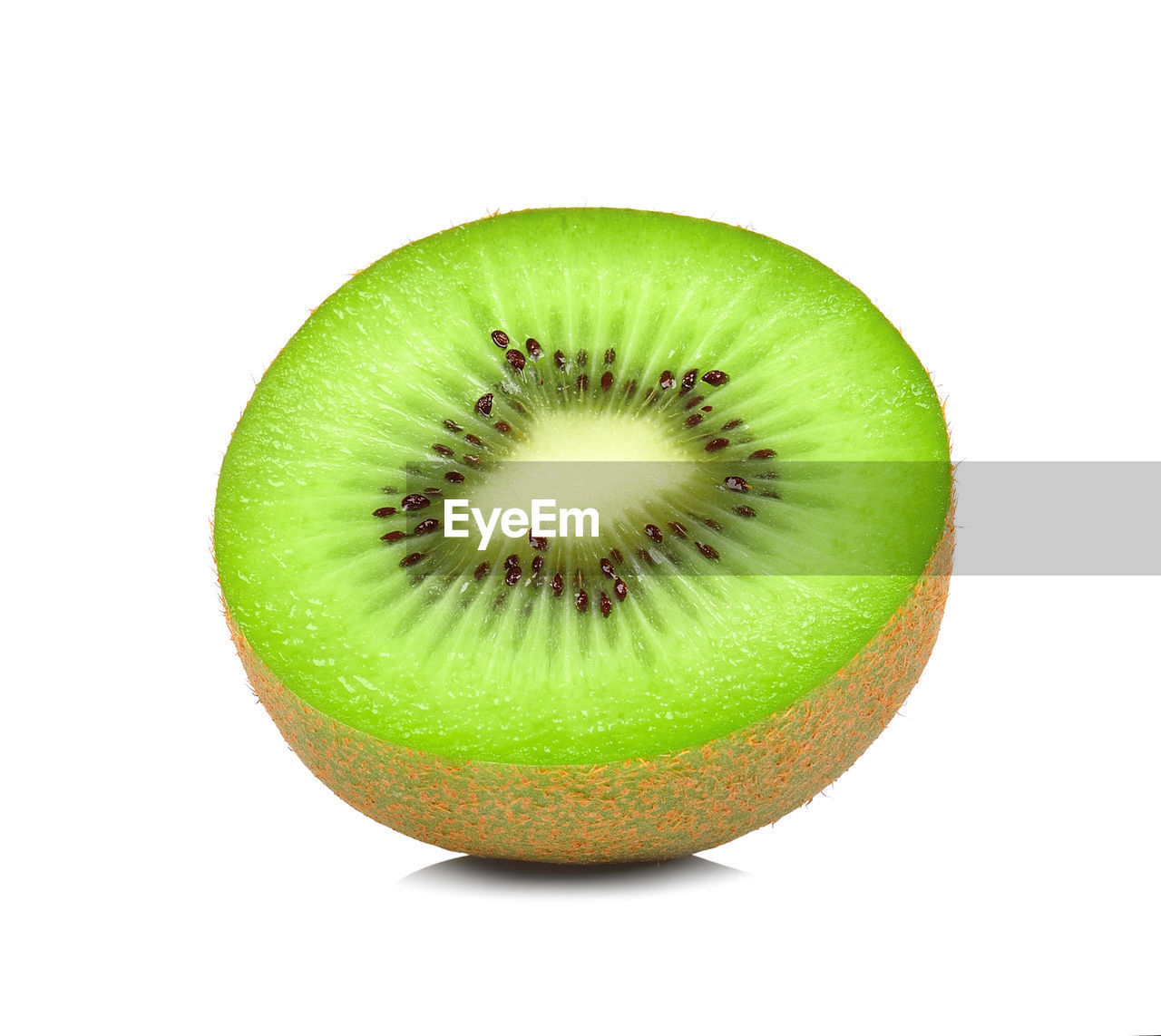 fruit, healthy eating, food and drink, food, studio shot, wellbeing, green color, kiwi, freshness, white background, slice, cut out, close-up, indoors, kiwi - fruit, still life, no people, single object, cross section, seed, ripe, temptation