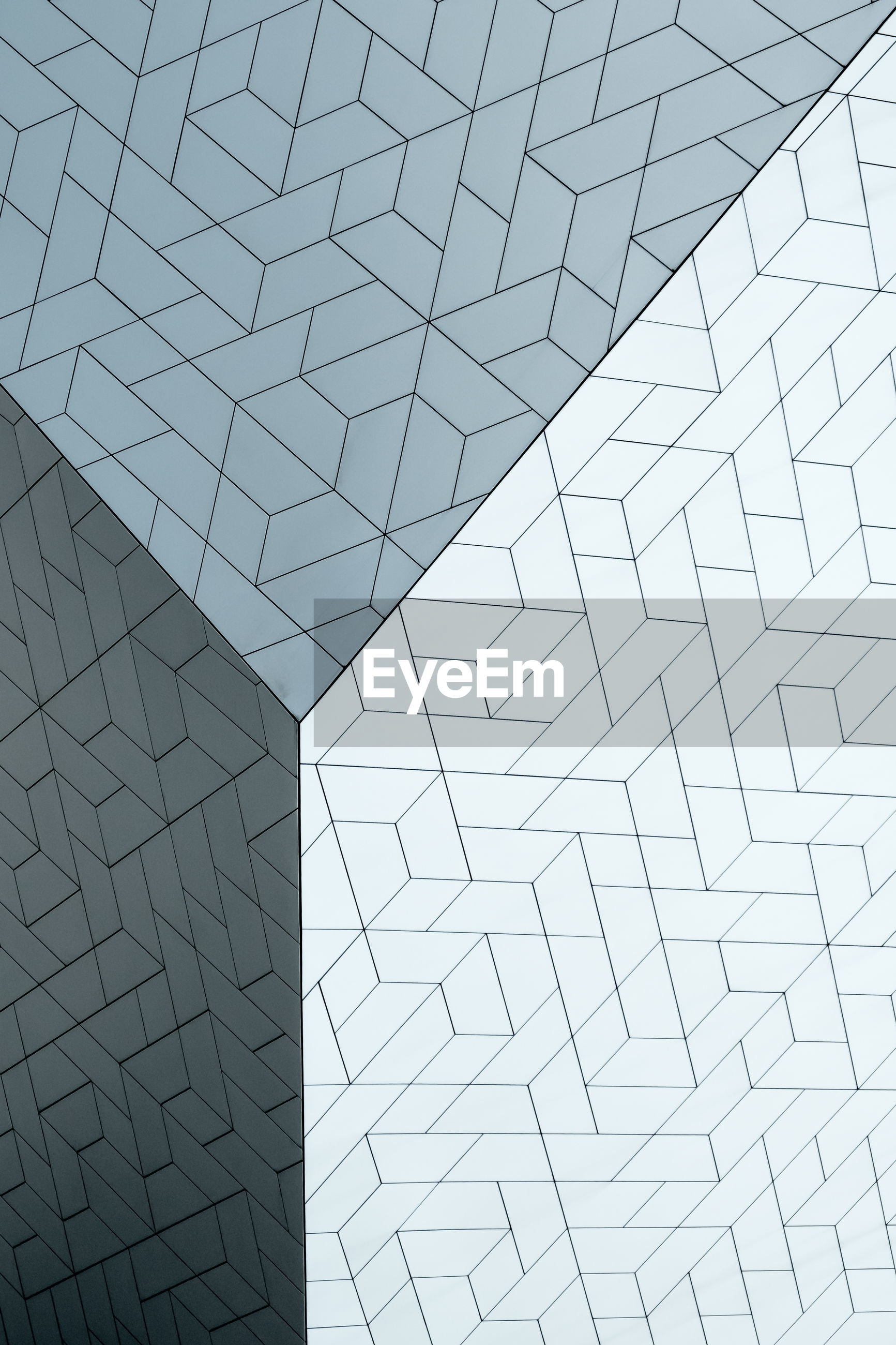 pattern, full frame, built structure, architecture, no people, backgrounds, geometric shape, design, low angle view, shape, indoors, modern, day, abstract, close-up, textured, repetition, tile, architectural feature, ceiling, silver colored