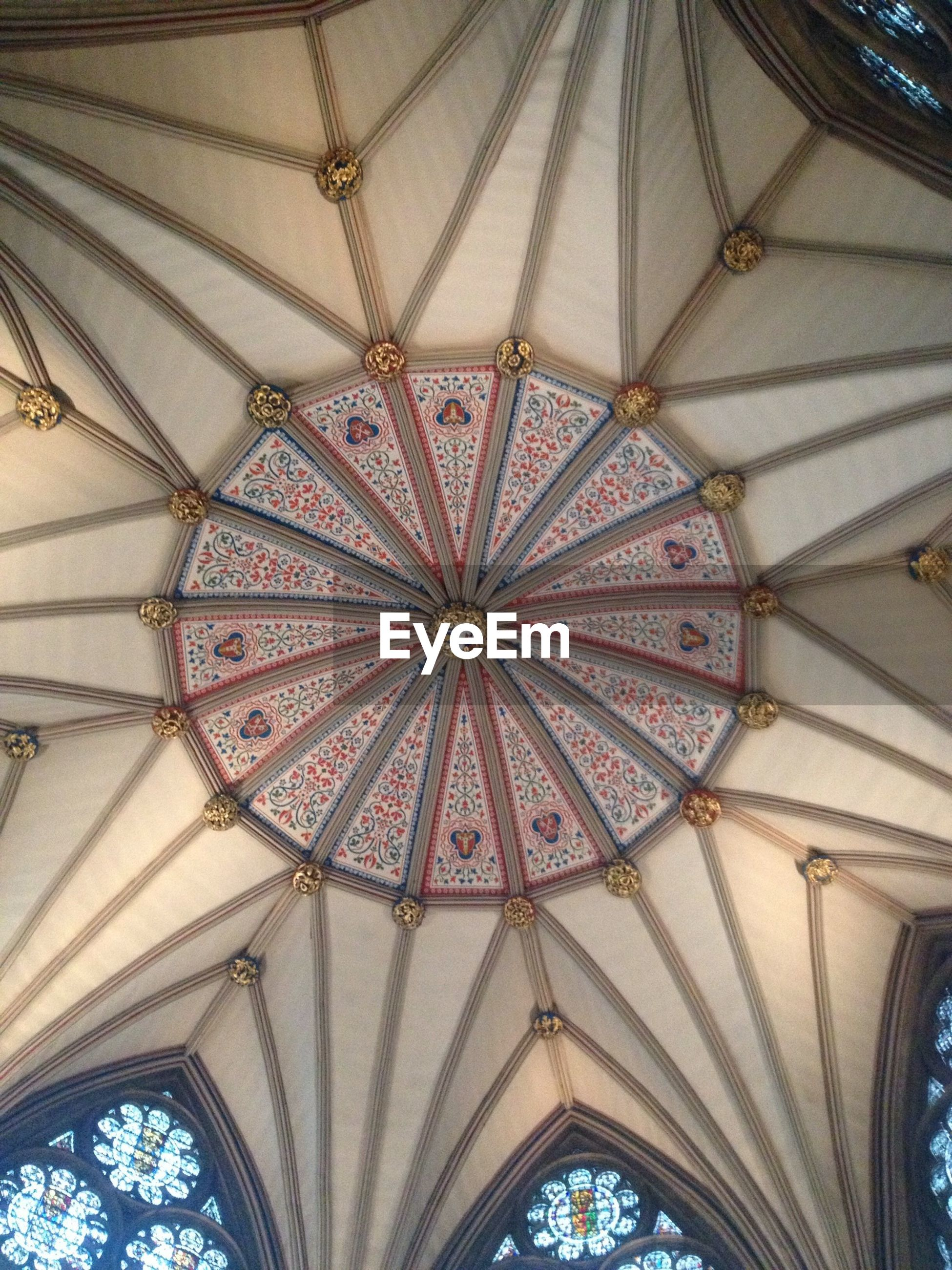 indoors, ceiling, low angle view, architecture, built structure, design, pattern, ornate, directly below, architectural feature, arch, place of worship, interior, religion, full frame, church, circle, stained glass, no people