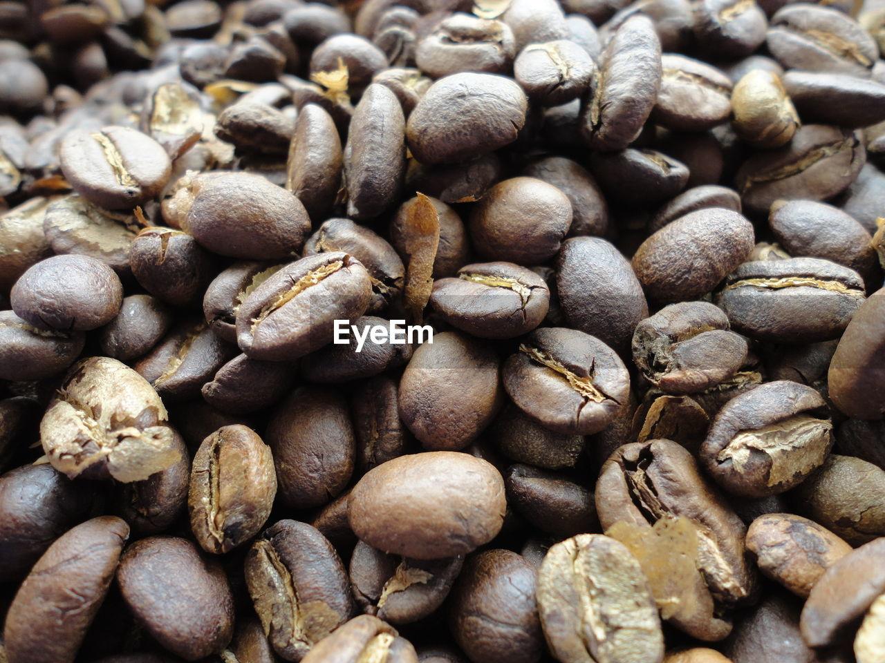 Full Frame Shot Of Roasted Coffee Beans