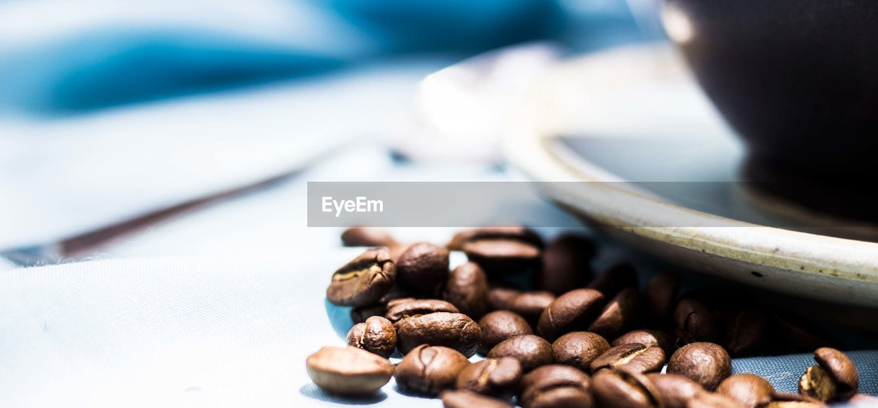 food and drink, table, food, selective focus, close-up, coffee - drink, no people, freshness, indoors, coffee bean, plate, day