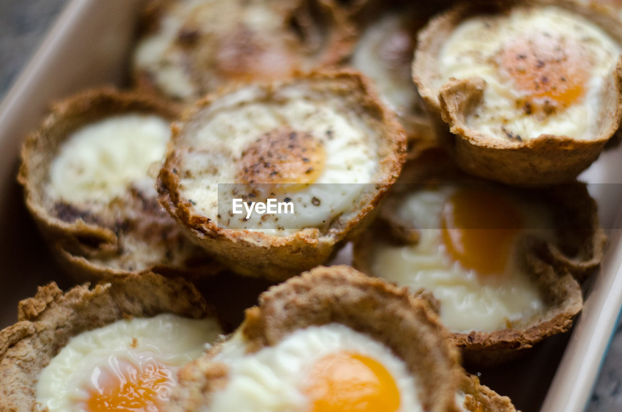 food and drink, food, freshness, indoors, close-up, ready-to-eat, still life, wellbeing, healthy eating, no people, selective focus, indulgence, high angle view, fried, plate, bread, temptation, serving size, sweet food, sweet, snack, breakfast, tray