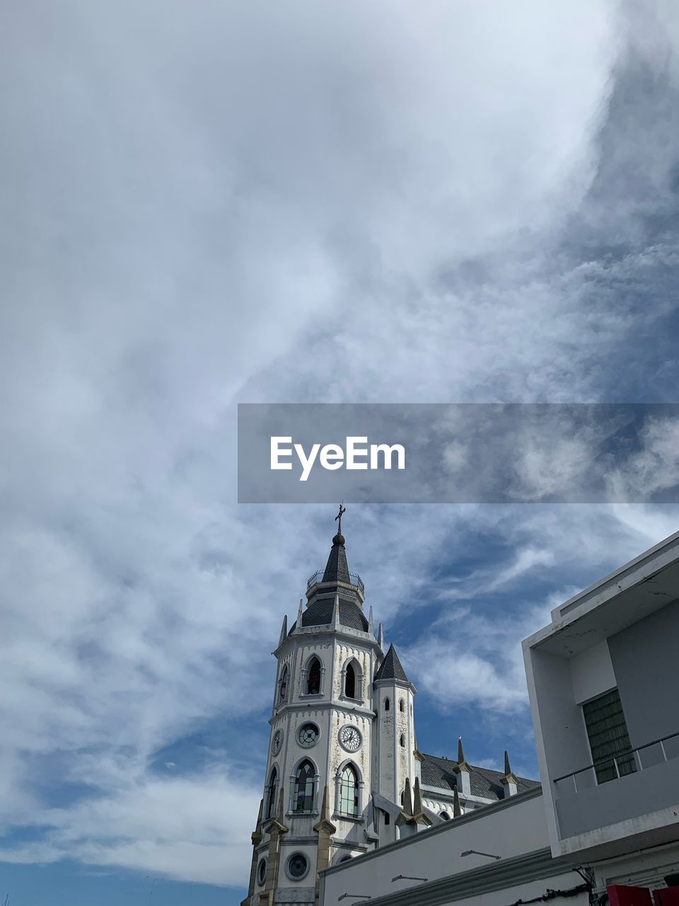 sky, cloud - sky, building exterior, architecture, built structure, religion, belief, low angle view, place of worship, building, spirituality, nature, no people, day, tower, outdoors, spire
