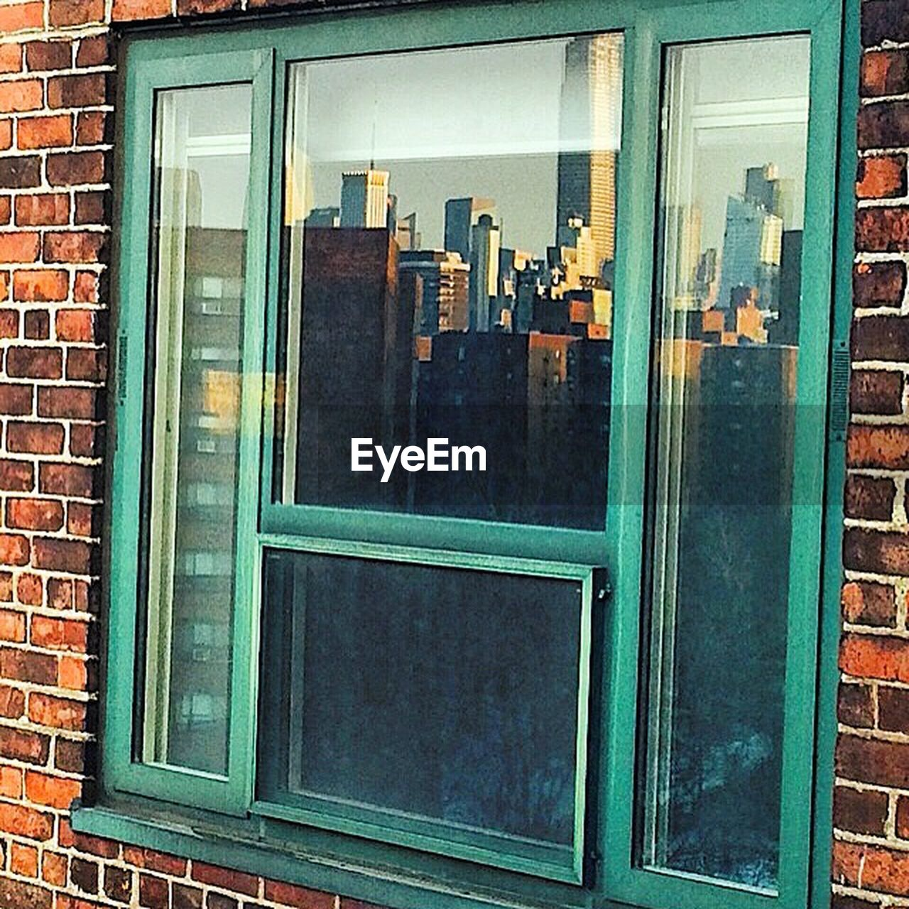 window, architecture, built structure, building exterior, day, no people, outdoors, close-up