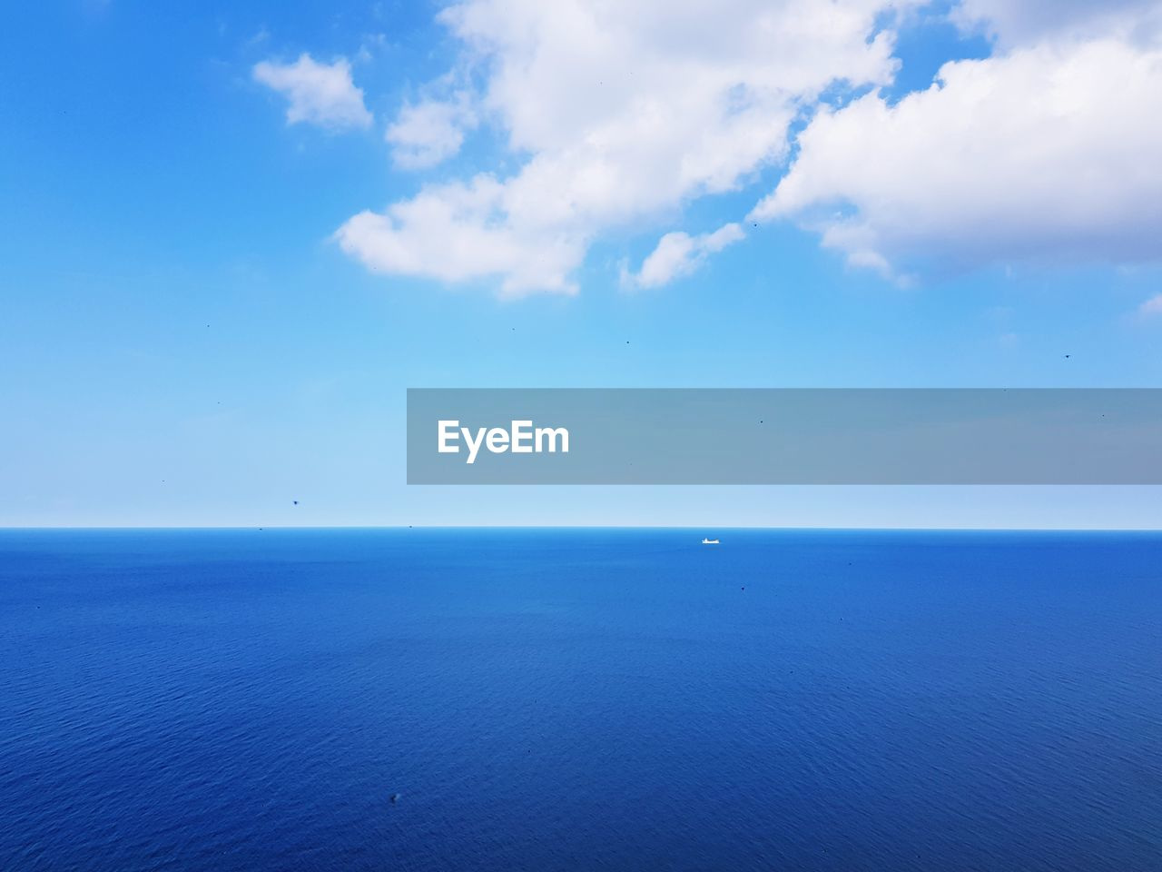sea, sky, water, scenics - nature, horizon over water, beauty in nature, horizon, blue, cloud - sky, tranquil scene, tranquility, day, waterfront, idyllic, nature, no people, seascape, non-urban scene, remote