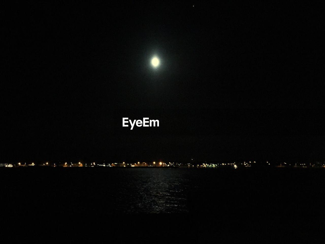 night, moon, illuminated, moonlight, nature, sky, sea, no people, outdoors, beauty in nature, city