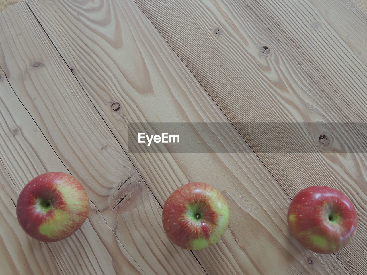 fruit, food, food and drink, healthy eating, freshness, indoors, high angle view, table, apple - fruit, no people, close-up, day