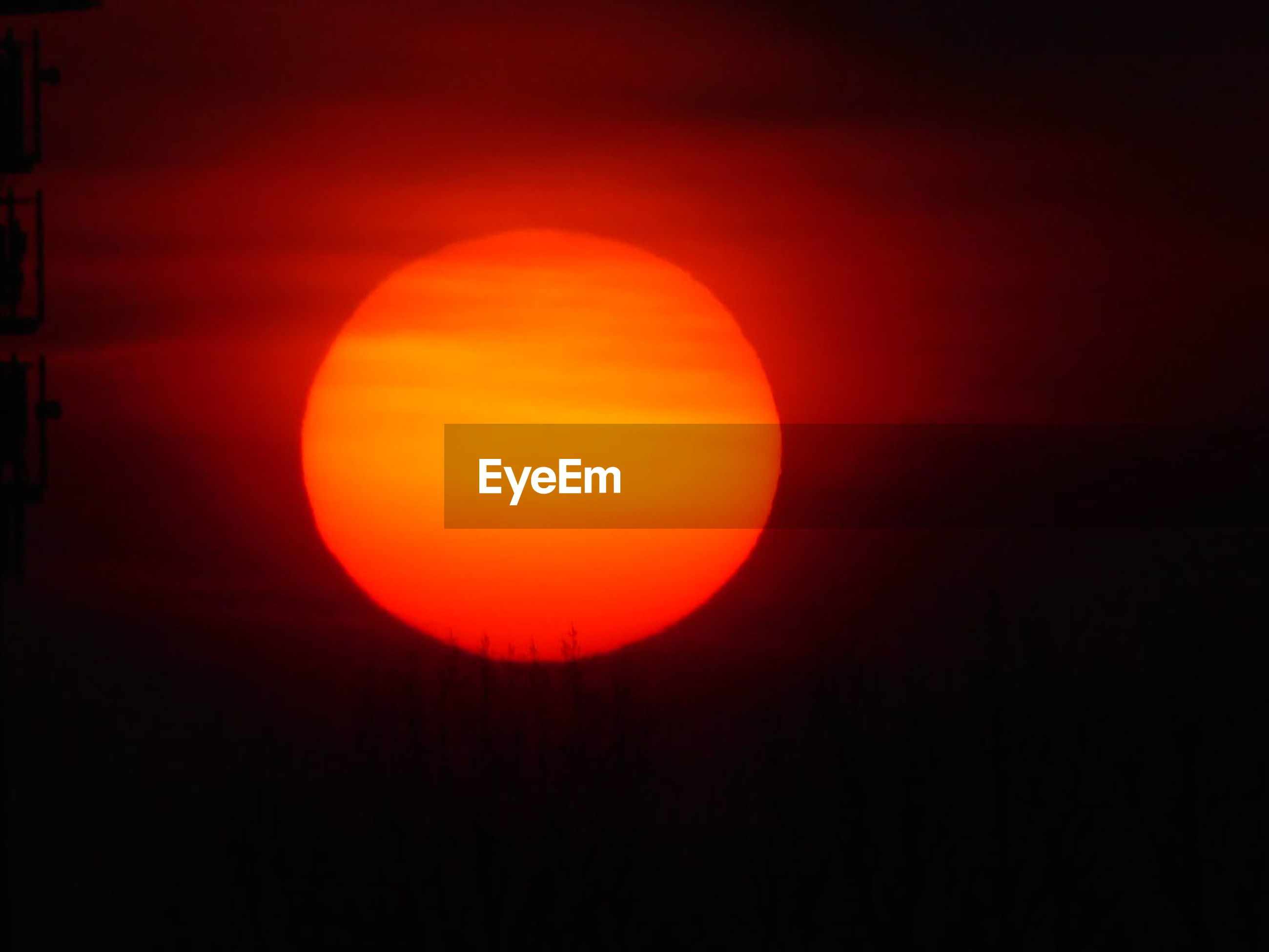 orange color, sky, sun, circle, beauty in nature, scenics - nature, geometric shape, tranquil scene, shape, tranquility, sunset, no people, idyllic, astronomy, nature, red, space, outdoors, majestic, eclipse, planetary moon, orange, romantic sky