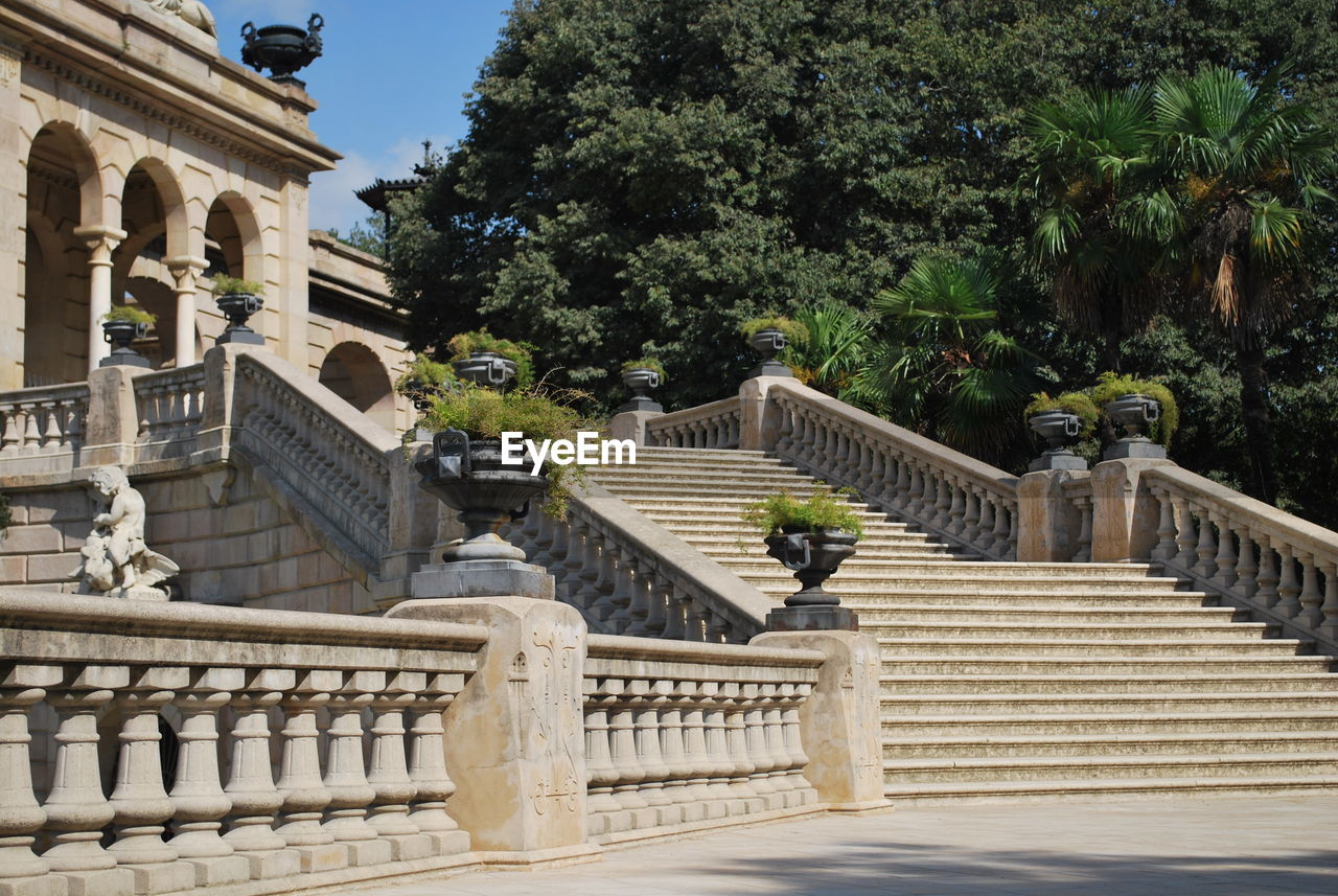 steps, steps and staircases, staircase, architecture, built structure, tree, outdoors, history, day, building exterior, no people, nature, sky