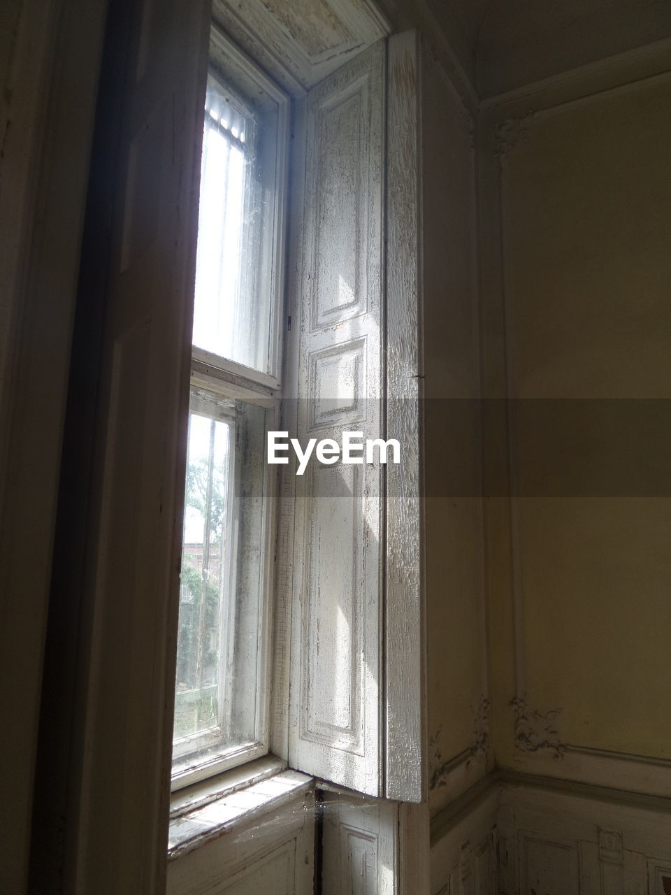 window, indoors, door, day, curtain, no people, home interior, sunlight, drapes, architecture