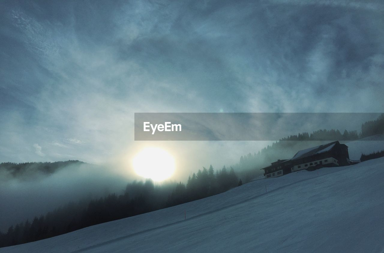 cold temperature, snow, winter, weather, nature, no people, sun, beauty in nature, scenics, outdoors, tranquility, frozen, landscape, tranquil scene, sky, sunset, mountain, day