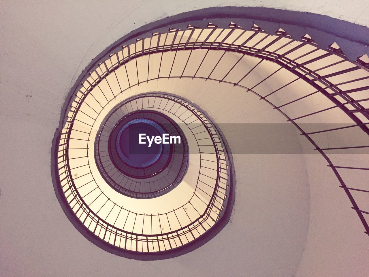 built structure, architecture, spiral, steps and staircases, spiral staircase, staircase, railing, pattern, indoors, directly below, geometric shape, design, circle, no people, shape, low angle view, ceiling, day, building, skylight, cupola, concentric, architecture and art, ornate