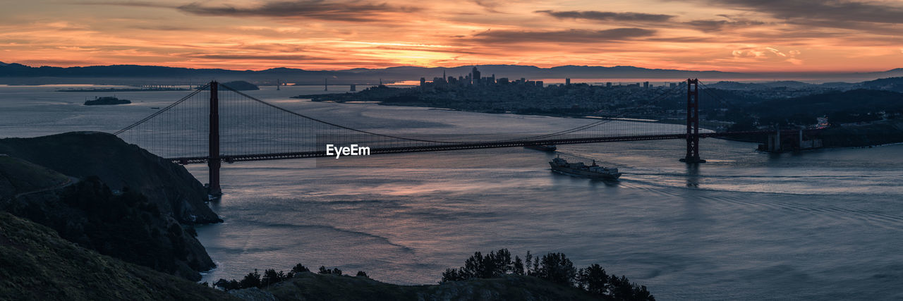 Sunrise, looking at the Golden Gate Bridge and the City by the Bay. Amazing View Awesome_shots Beauty In Nature Bridge California Capture The Moment Enjoying Life Explore Golden Gate Bridge Golden Hour Landscape Love Marin Headlands Morning No People Ocean San Francisco Scenics Skyview Sunrise Travel Panorama Light And Shadow The Great Outdoors - 2017 EyeEm Awards