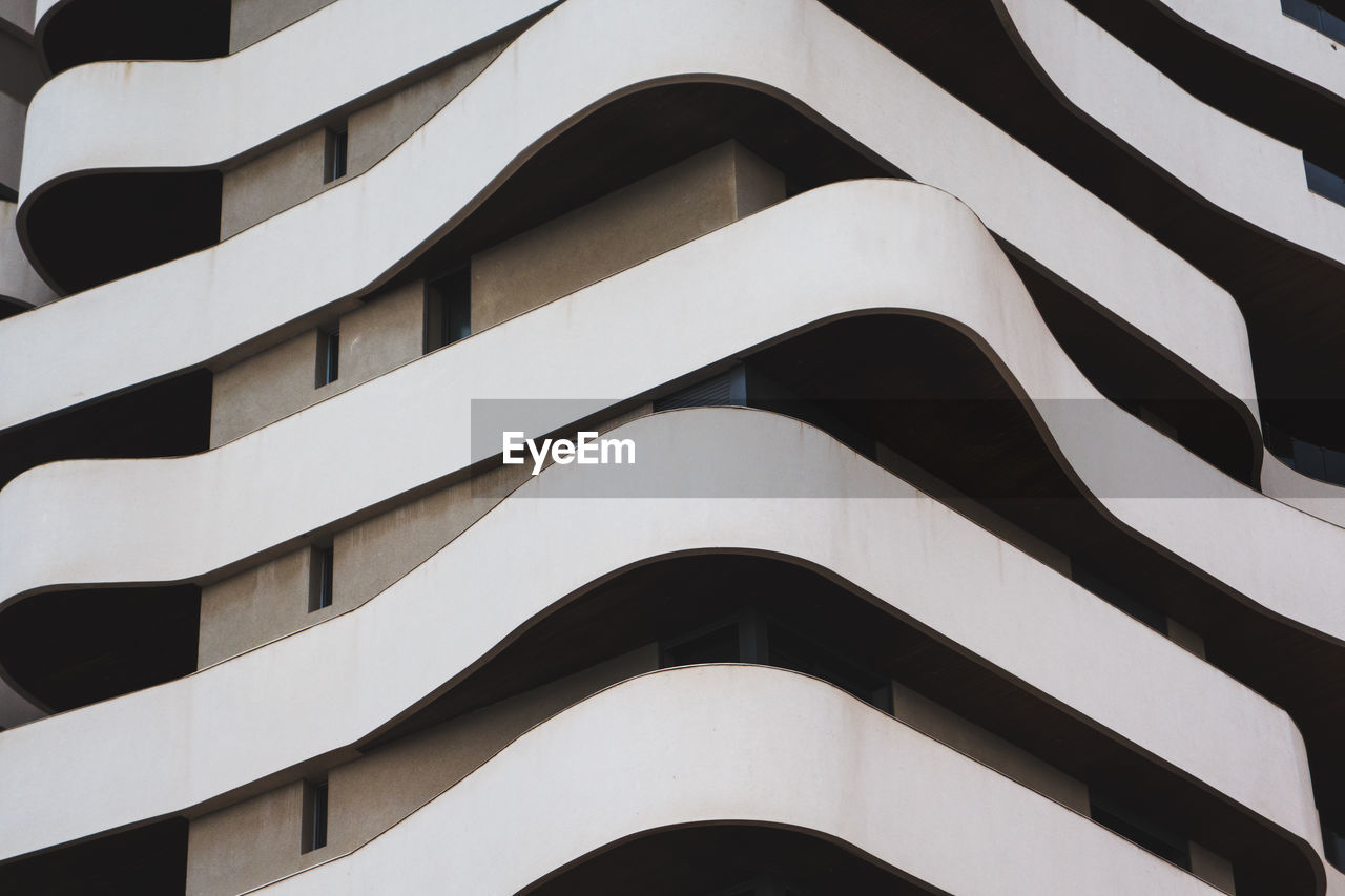 Full Frame Shot Of Modern Building