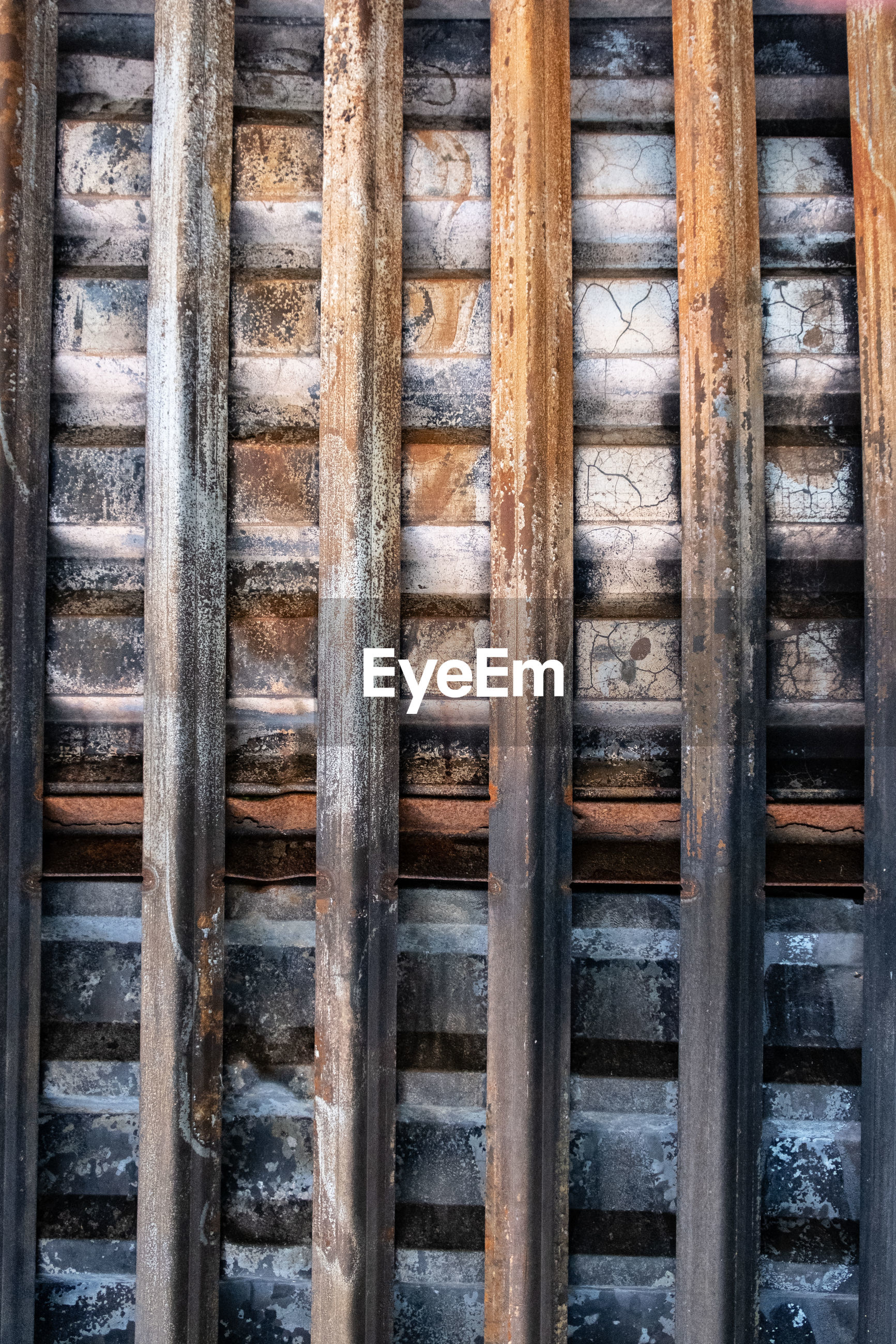 wood, iron, no people, wall, full frame, day, architecture, backgrounds, pattern, outdoors, built structure, close-up, metal, old