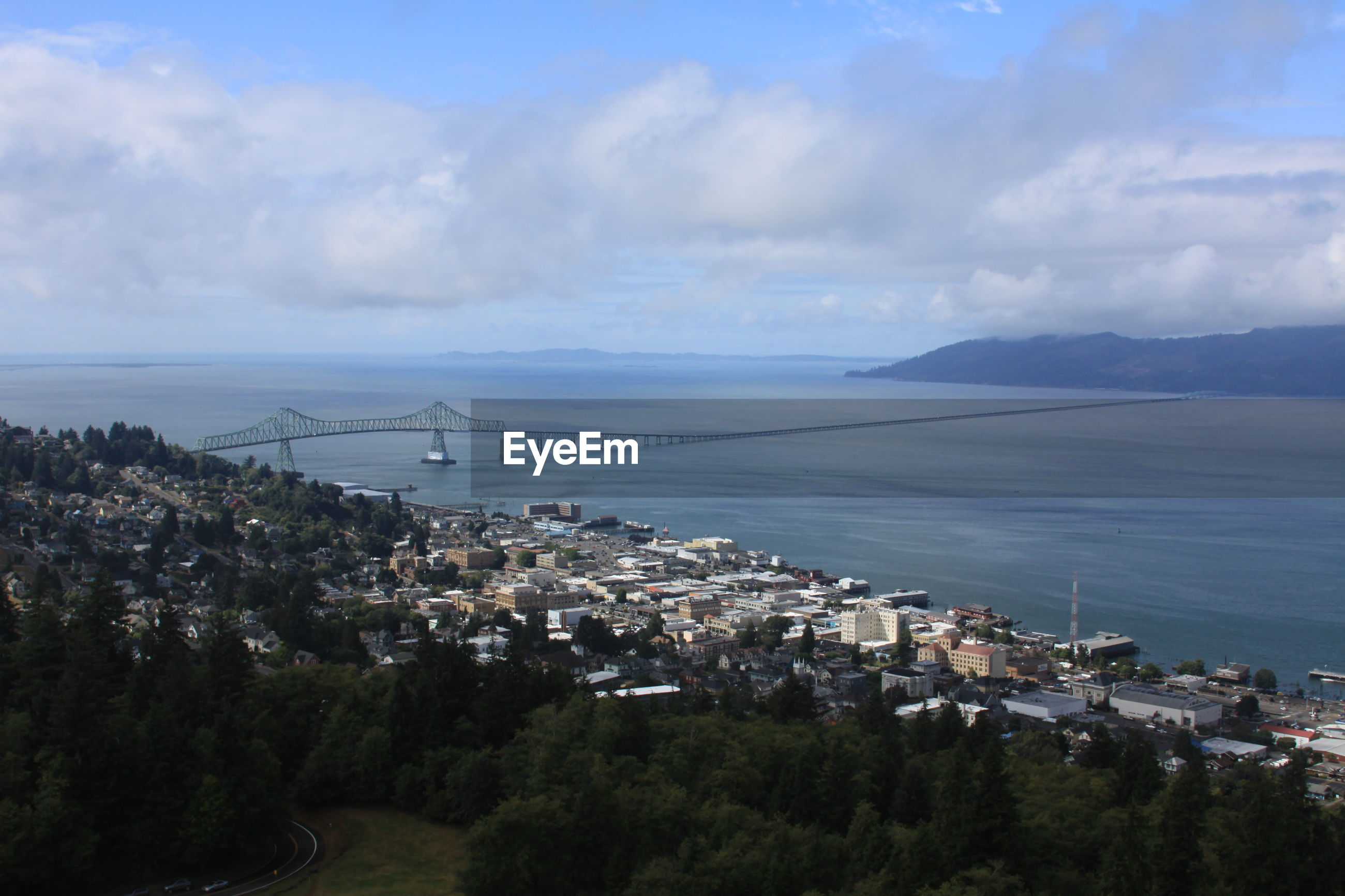 SCENIC VIEW OF SEA BY TOWN