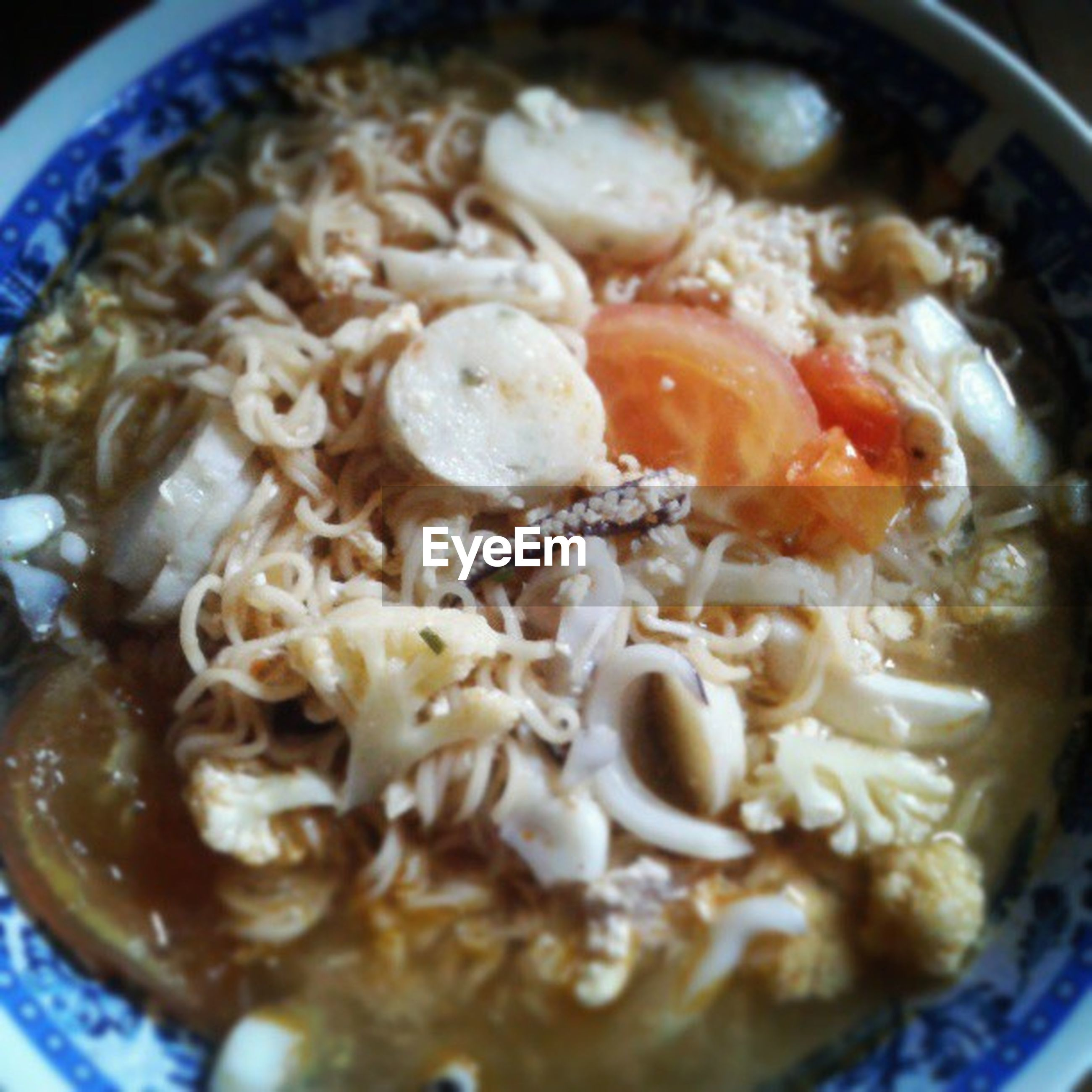 food and drink, food, freshness, indoors, ready-to-eat, meal, bowl, healthy eating, close-up, still life, serving size, plate, indulgence, cooked, soup, spoon, homemade, noodles, selective focus, healthy lifestyle
