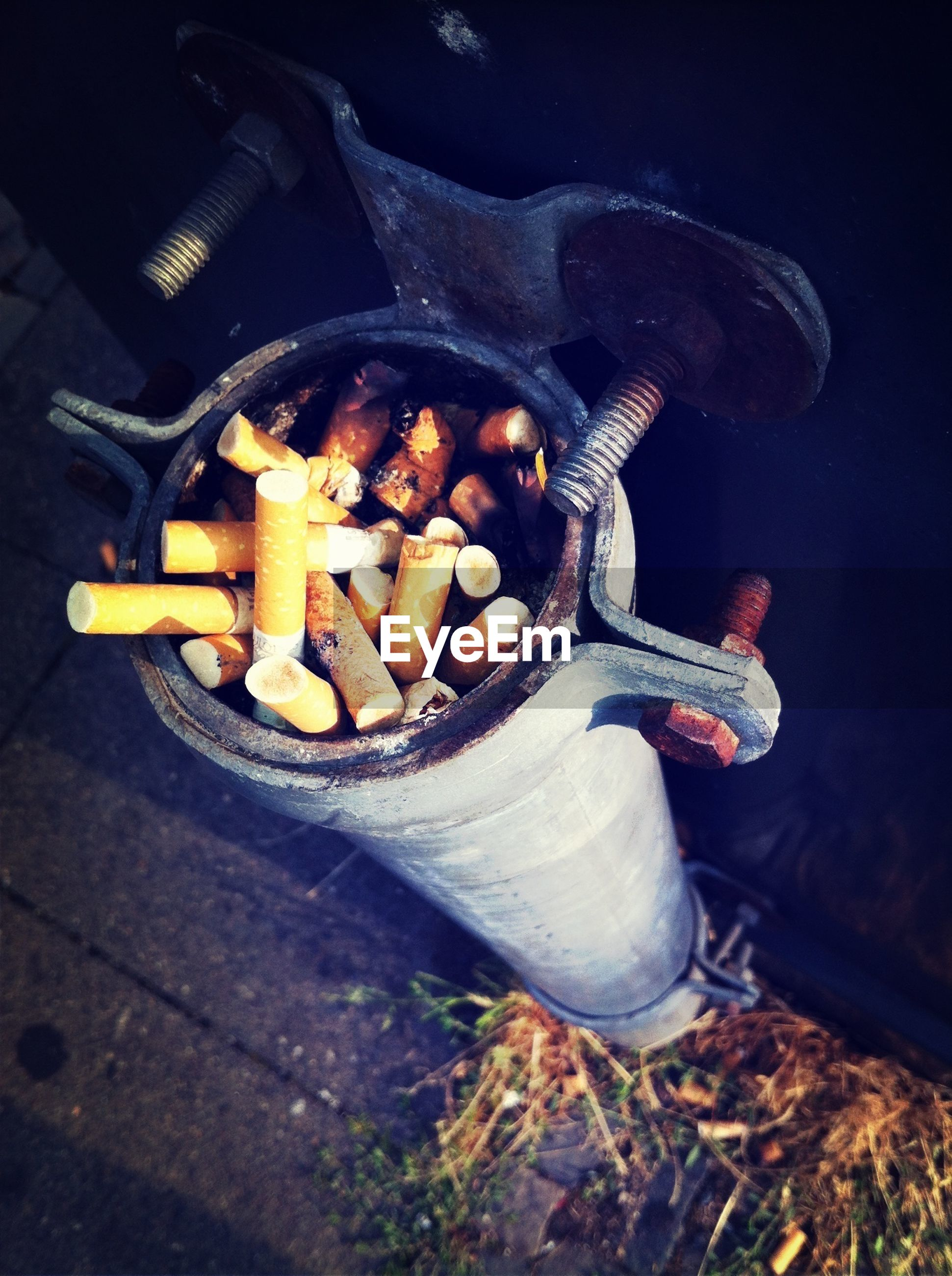 bad habit, smoking issues, no people, high angle view, cigarette butt, addiction, ashtray, outdoors, ash, day, close-up