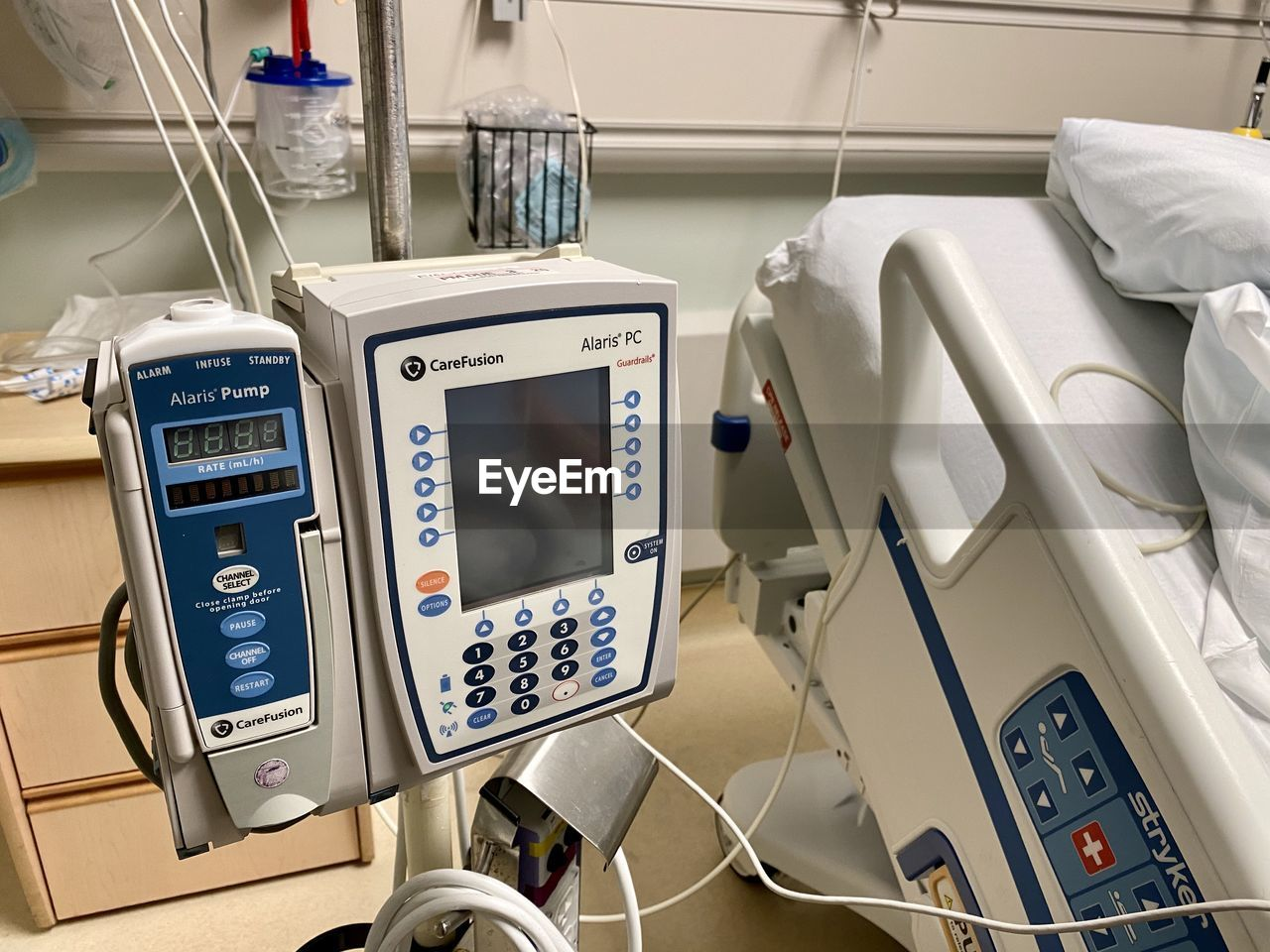 technology, healthcare and medicine, hospital, machinery, medical equipment, indoors, equipment, control, no people, instrument of measurement, illuminated, communication, number, control panel, science, modern, medical instrument, close-up, pulse trace, electrical equipment