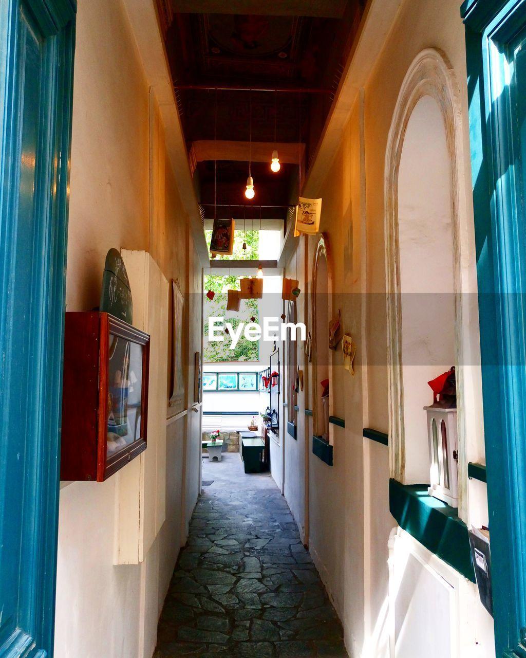 architecture, door, indoors, the way forward, built structure, no people, corridor, day, open door
