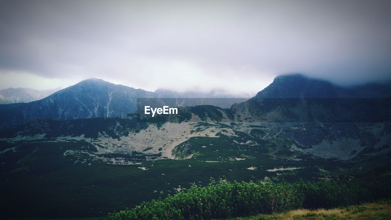 mountain, landscape, beauty in nature, nature, scenics, mountain range, tranquil scene, tranquility, no people, outdoors, sky, day, range