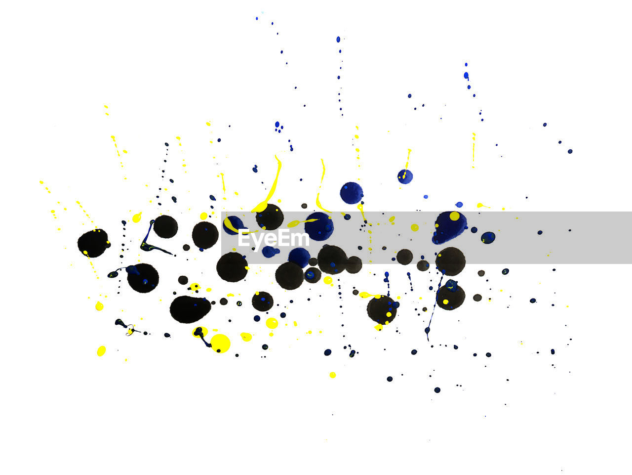 paint, white background, abstract, drop, ink, pattern, multi colored, yellow, studio shot, no people, close-up, water, day